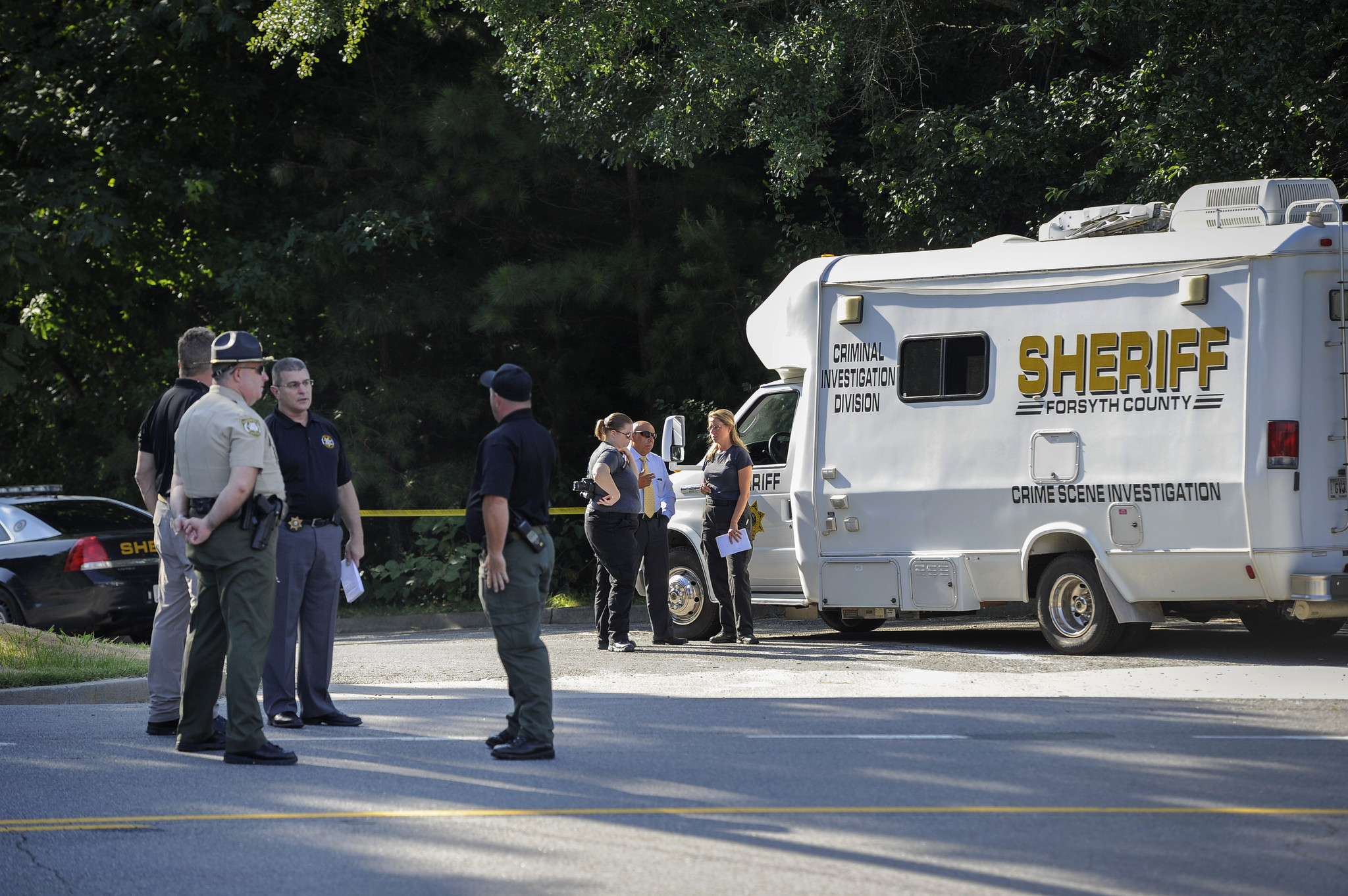 4 killed, including shooter and 2 children, in home in Atlanta suburb