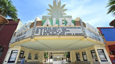 Show goes on for Glendale's Alex Theatre