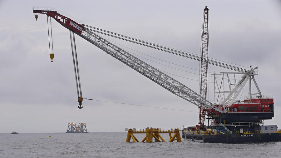 'First Steel In The Water' For Wind Farm Off Block Island