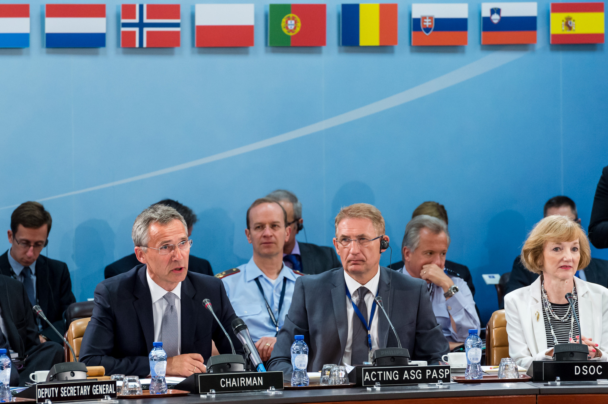 NATO holding rare emergency meeting on threat of Islamic State at Turkey's request