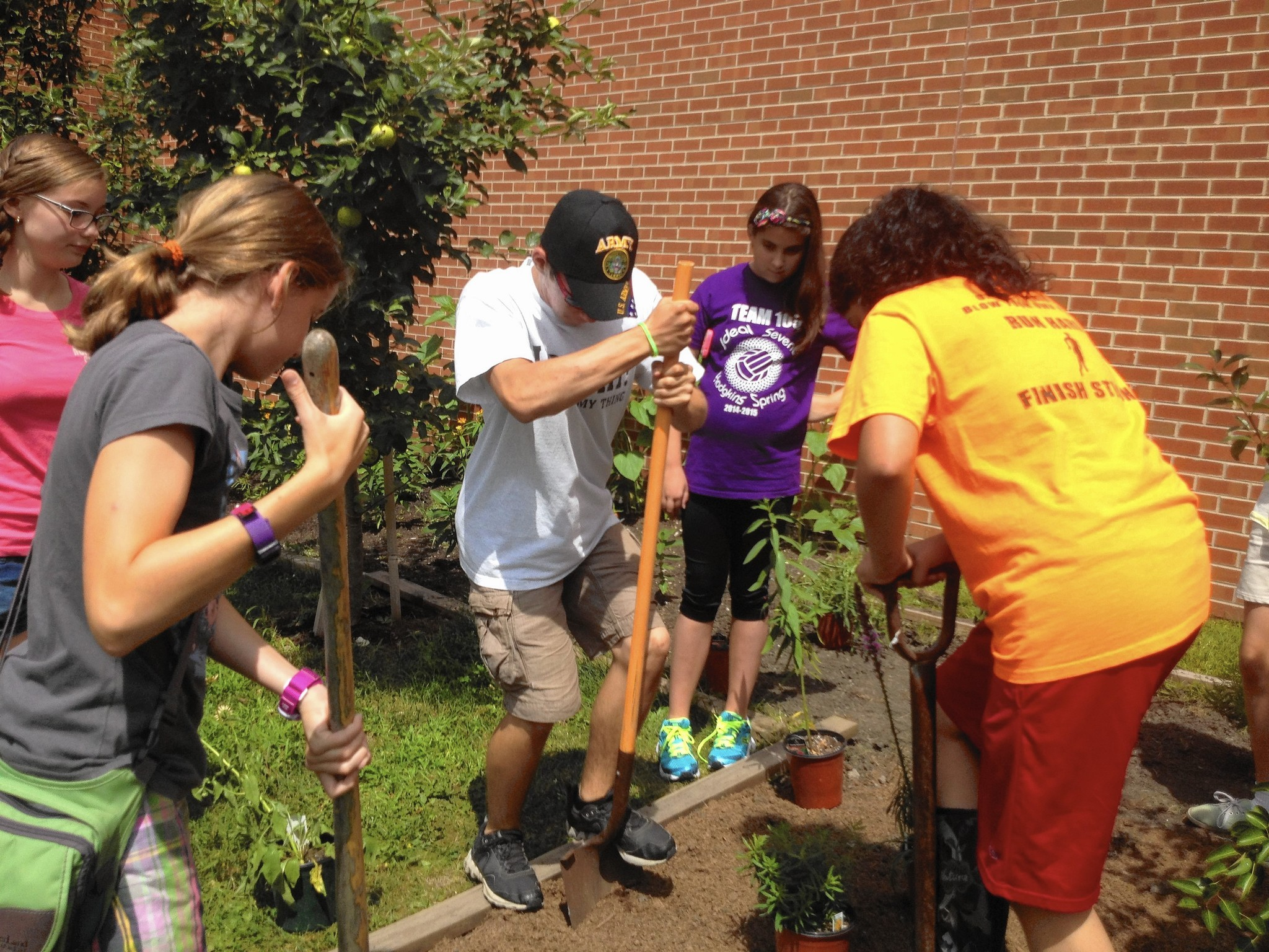La Grange projects for learning take root at Gurrie Middle School ...