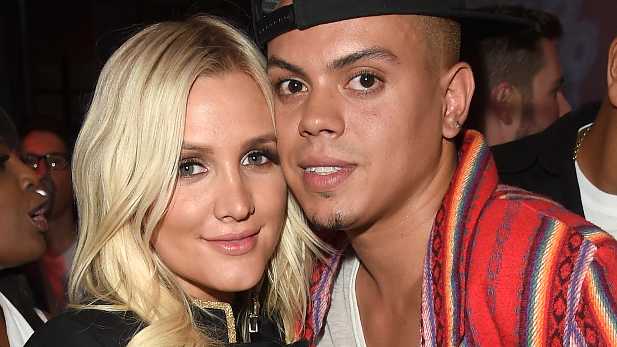 Ashlee Simpson, Evan Ross reportedly welcome a baby girl ...