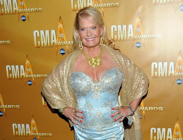 Country Singer Lynn Anderson Dies At 67 Grammy Winner Was