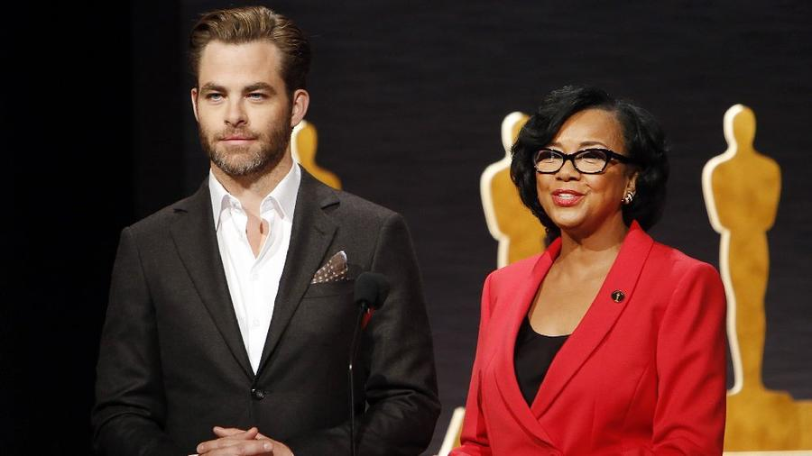 Actor Chris Pine and academy President Cheryl Boone Isaacs announce the Oscar nominations from Beverly Hills on Jan. 15, 2015. (Al Seib / Los Angeles Times)