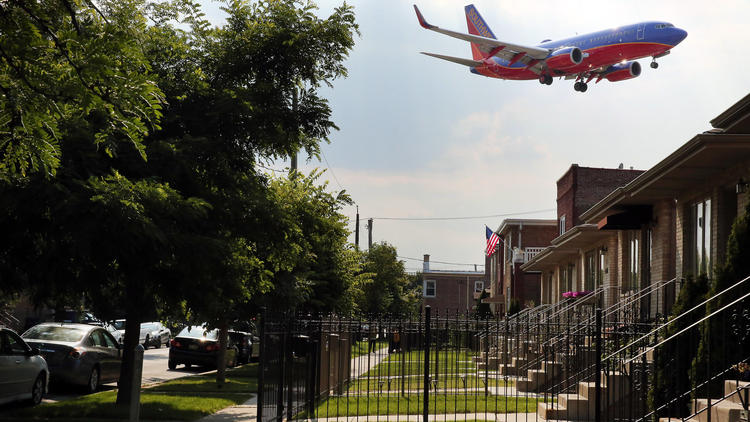 Midway Airport noise complaints increase