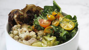 Rice bowl with cauliflower, zucchini and eggplant