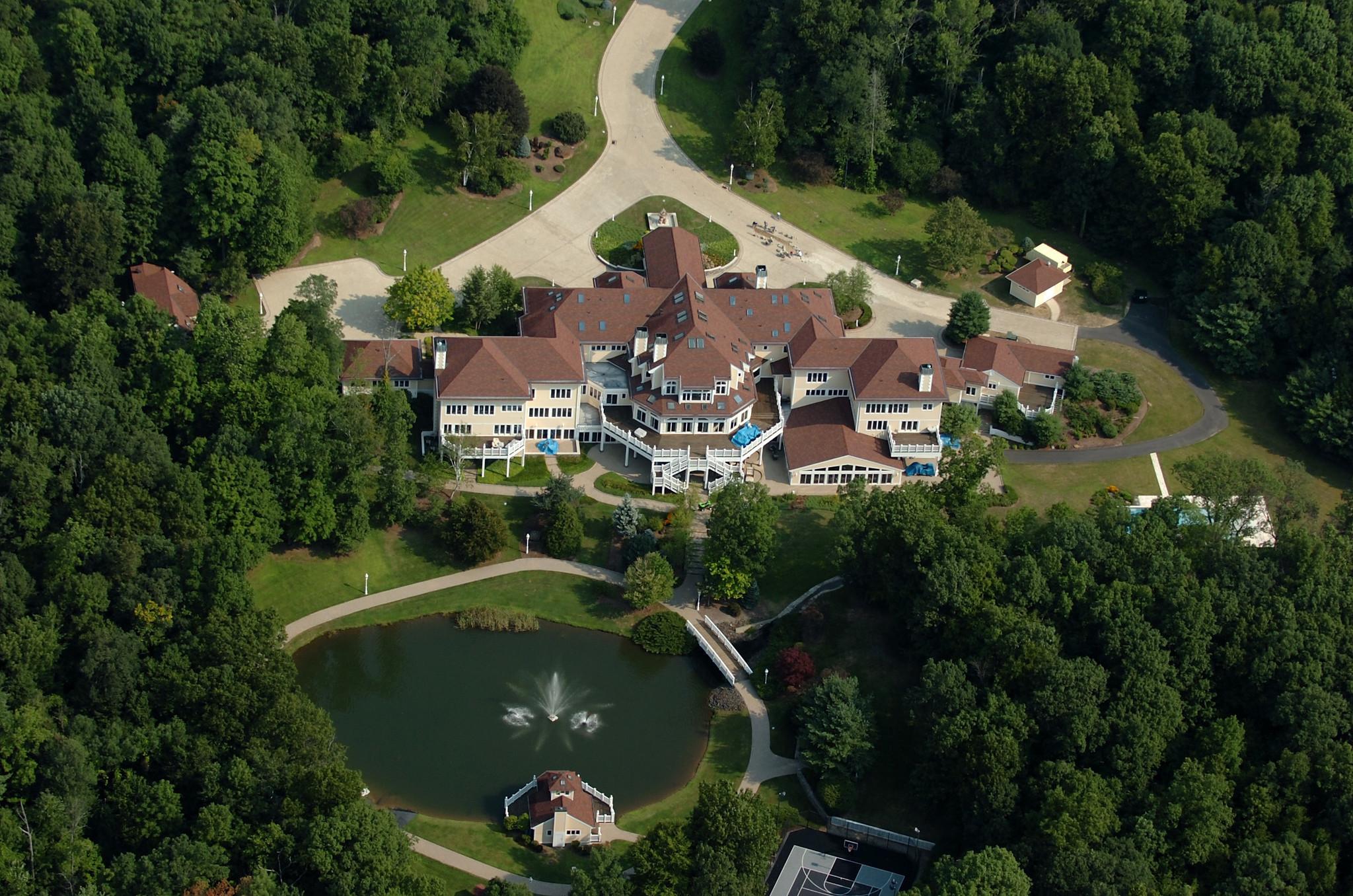 Las mansiones de famosos de hollywood blog de bienes en for House in 2 cent
