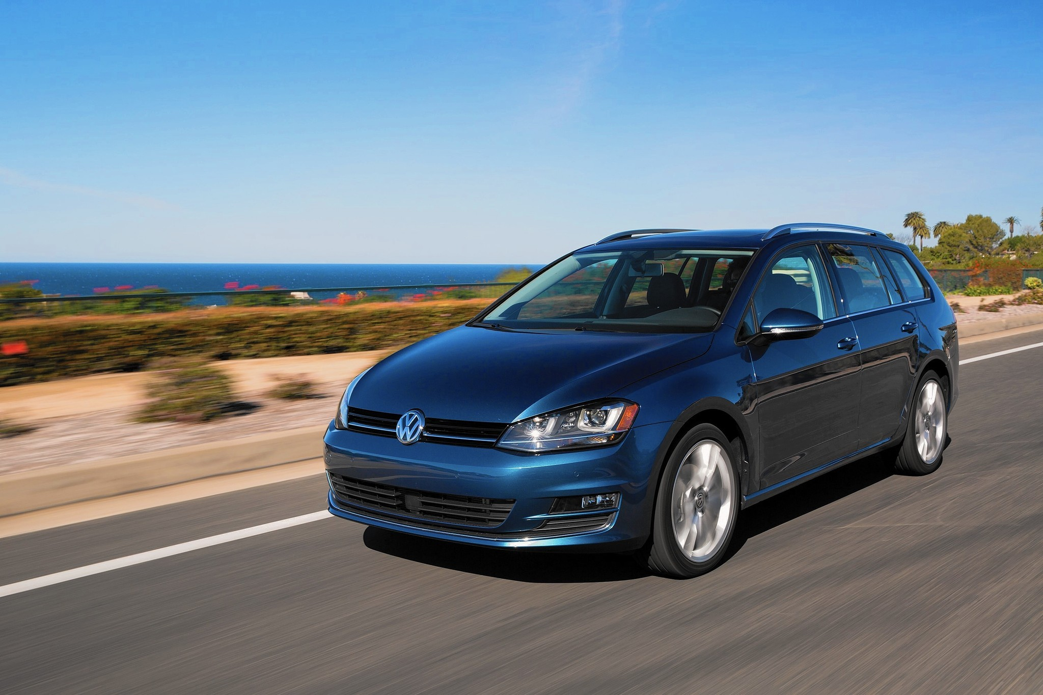vw 39 s new golf sportwagen diesel bucks conventional u s preferences la times. Black Bedroom Furniture Sets. Home Design Ideas