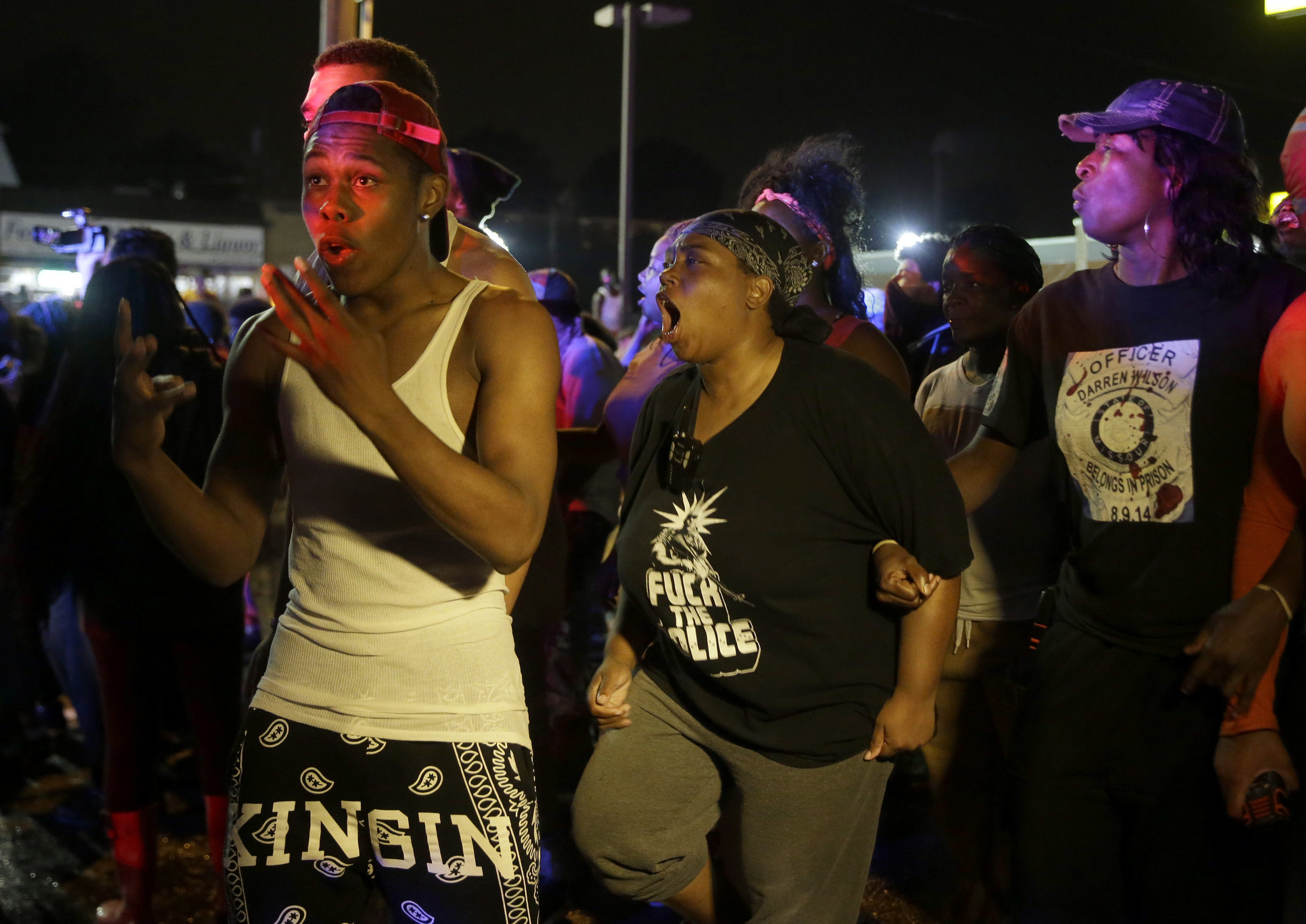 Several arrests in 4th night of Ferguson protests