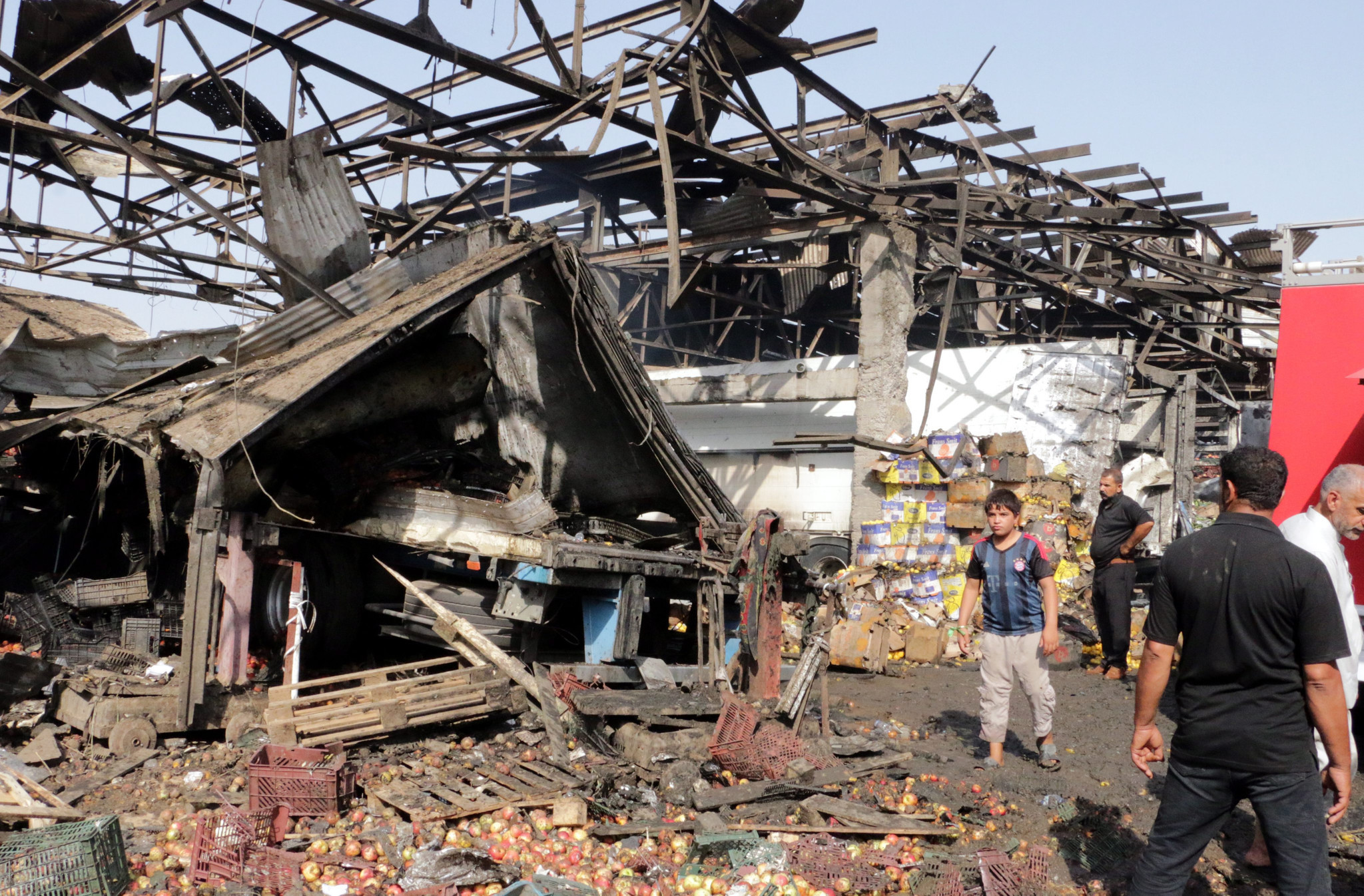 Islamic State truck bombing kills 67 at Baghdad market