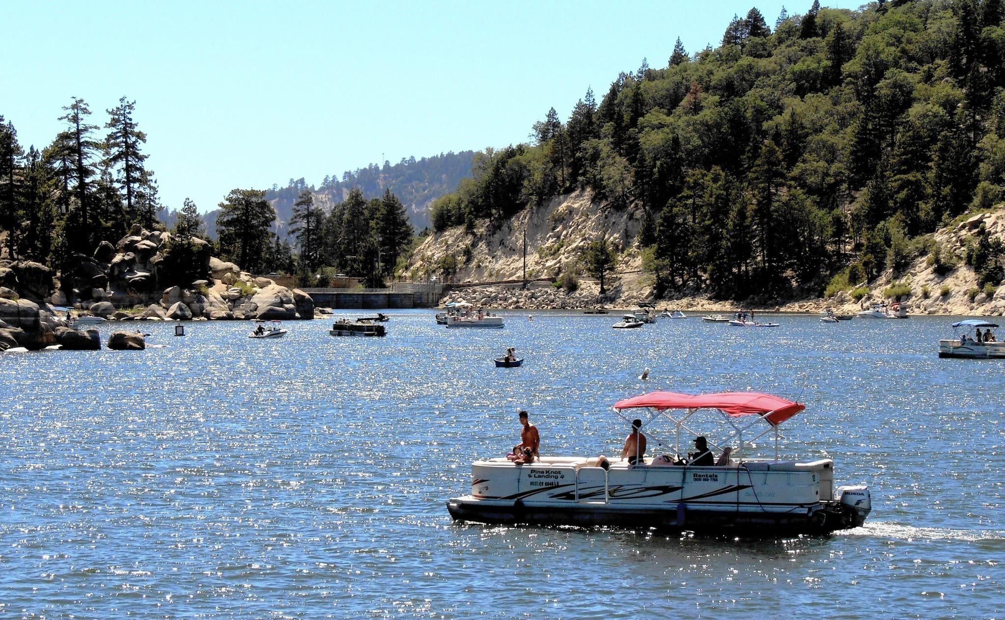 Is Big Bear Lake Ca Dog Friendly