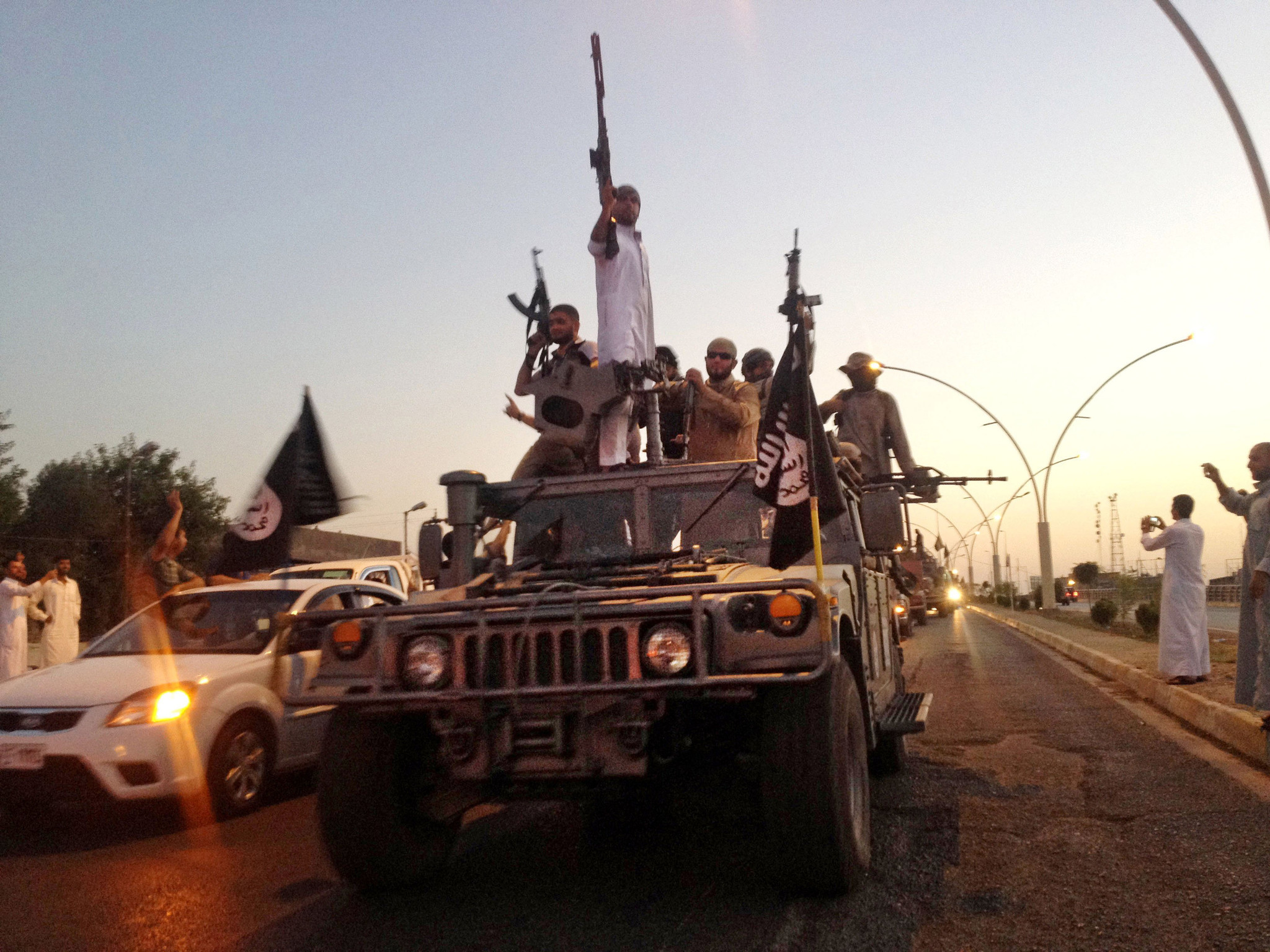 U.S. investigating reports that Islamic State used chemical weapons