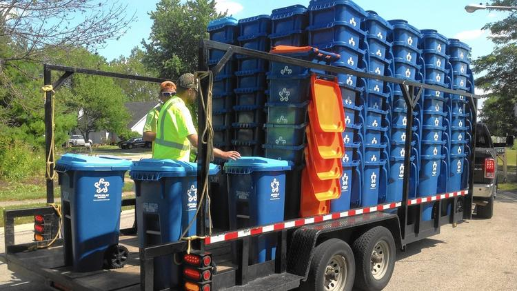 Aurora, IL - Exchange New Trash and Recycling Carts (Deadline Friday, December 18)