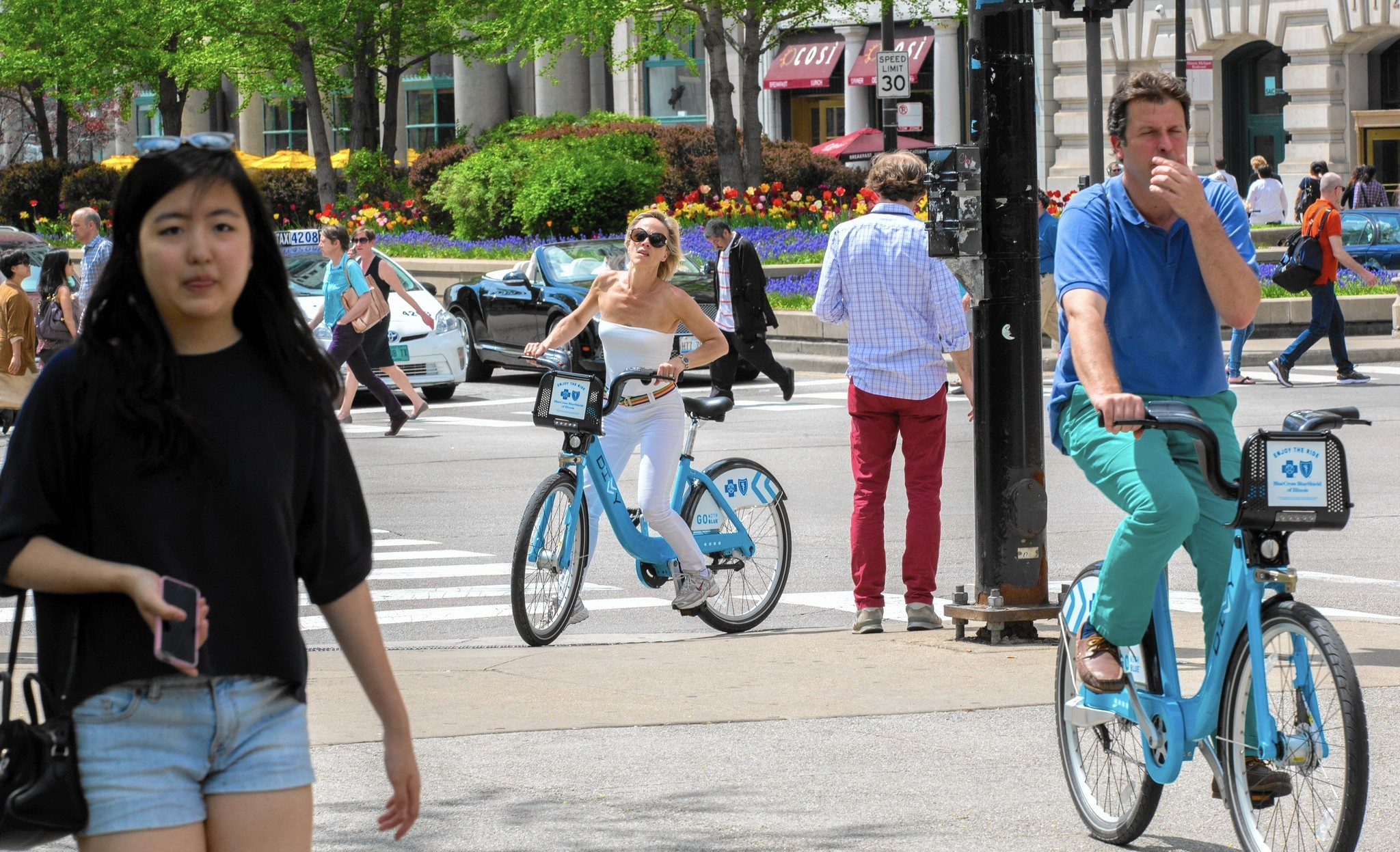 Best ways to experience Chicago without a car