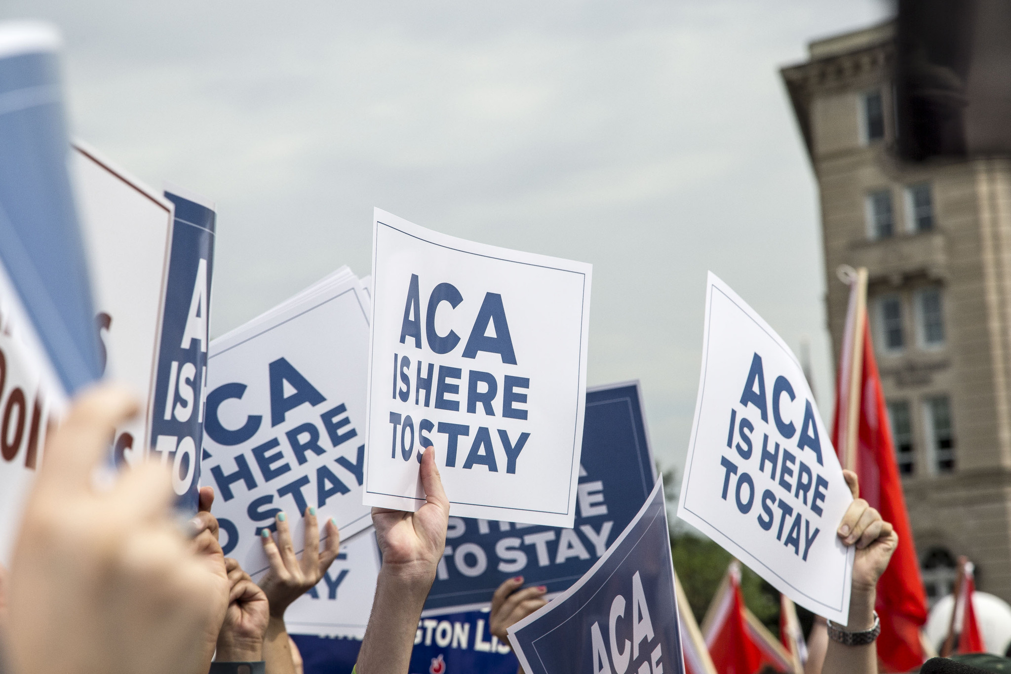 Obamacare: Don't ditch the Cadillac tax - Chicago Tribune