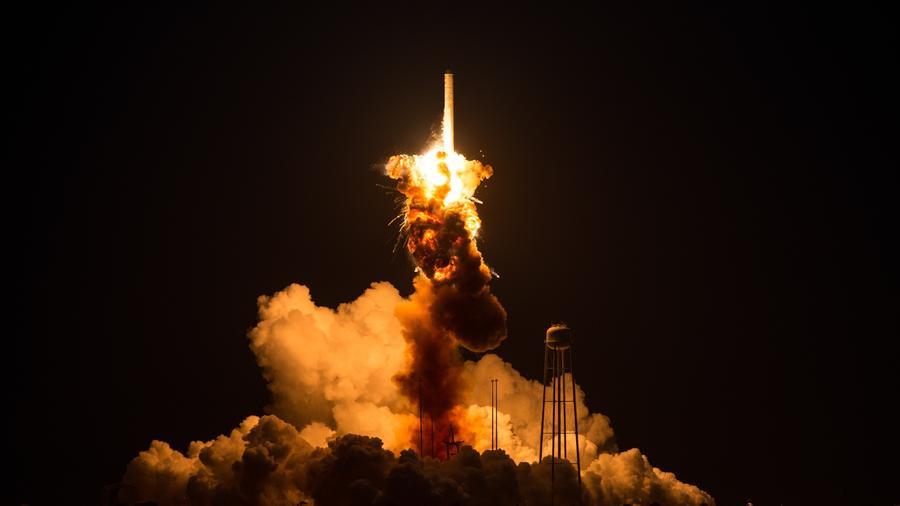 Orbital cargo rocket explosion