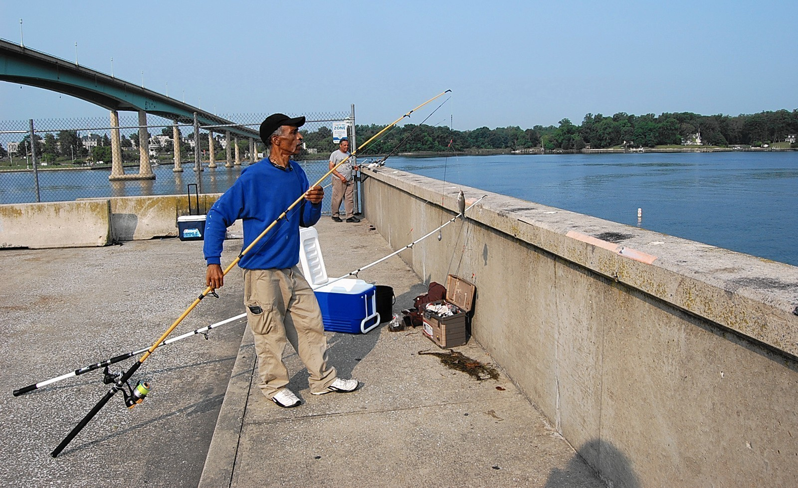 Where you can go fishing and crabbing in anne arundel for Fishing in md