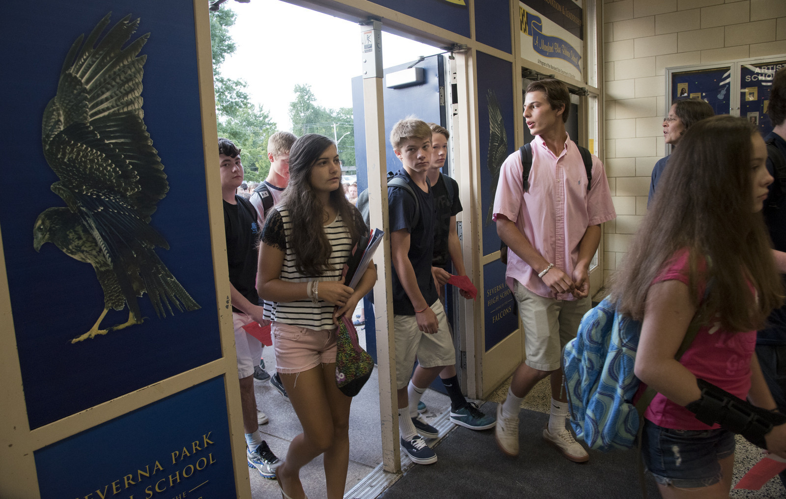 the first day at high school Got the first-day-of-school jitters these 10 strategies to prepare new and even veteran teachers for a smooth beginning to the school year first-day jitters for new and veteran teachers.