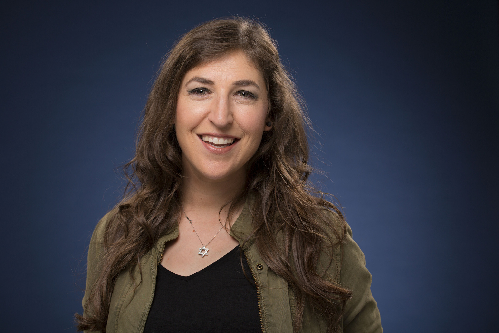 Mayim Bialik on religion in Hollywood: Its never going