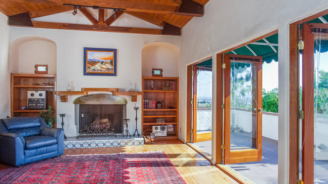 Spanish Revival home of the day: 1920s spanish revival in hollywood hills - la times