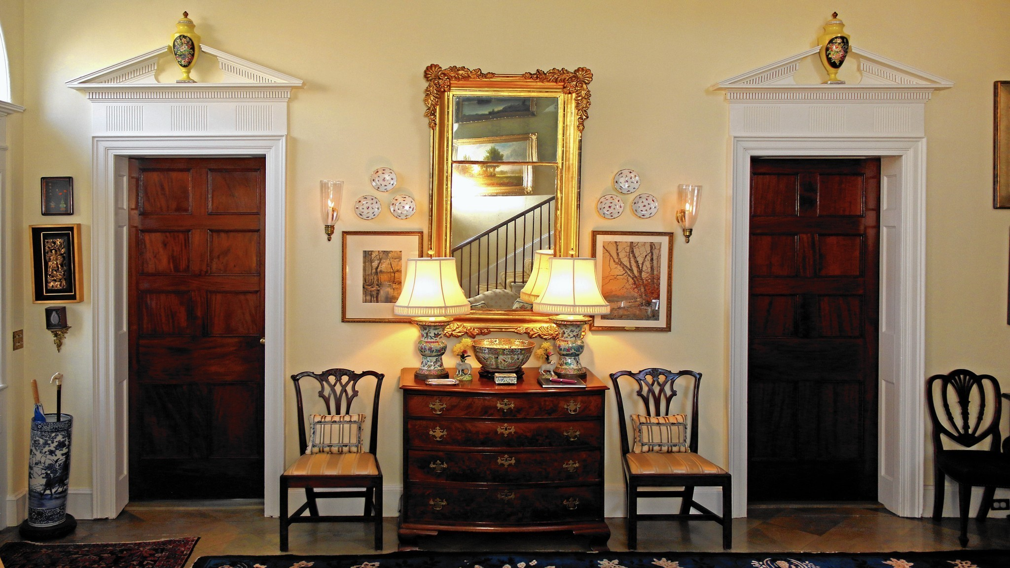 Make the foyer a warm welcome to your home   hartford courant