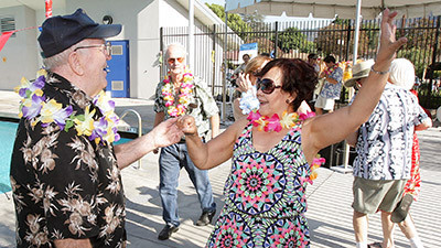 Photo Gallery Rock A Hula Pool Party At Verdugo Aquatic Facility Burbank Leader
