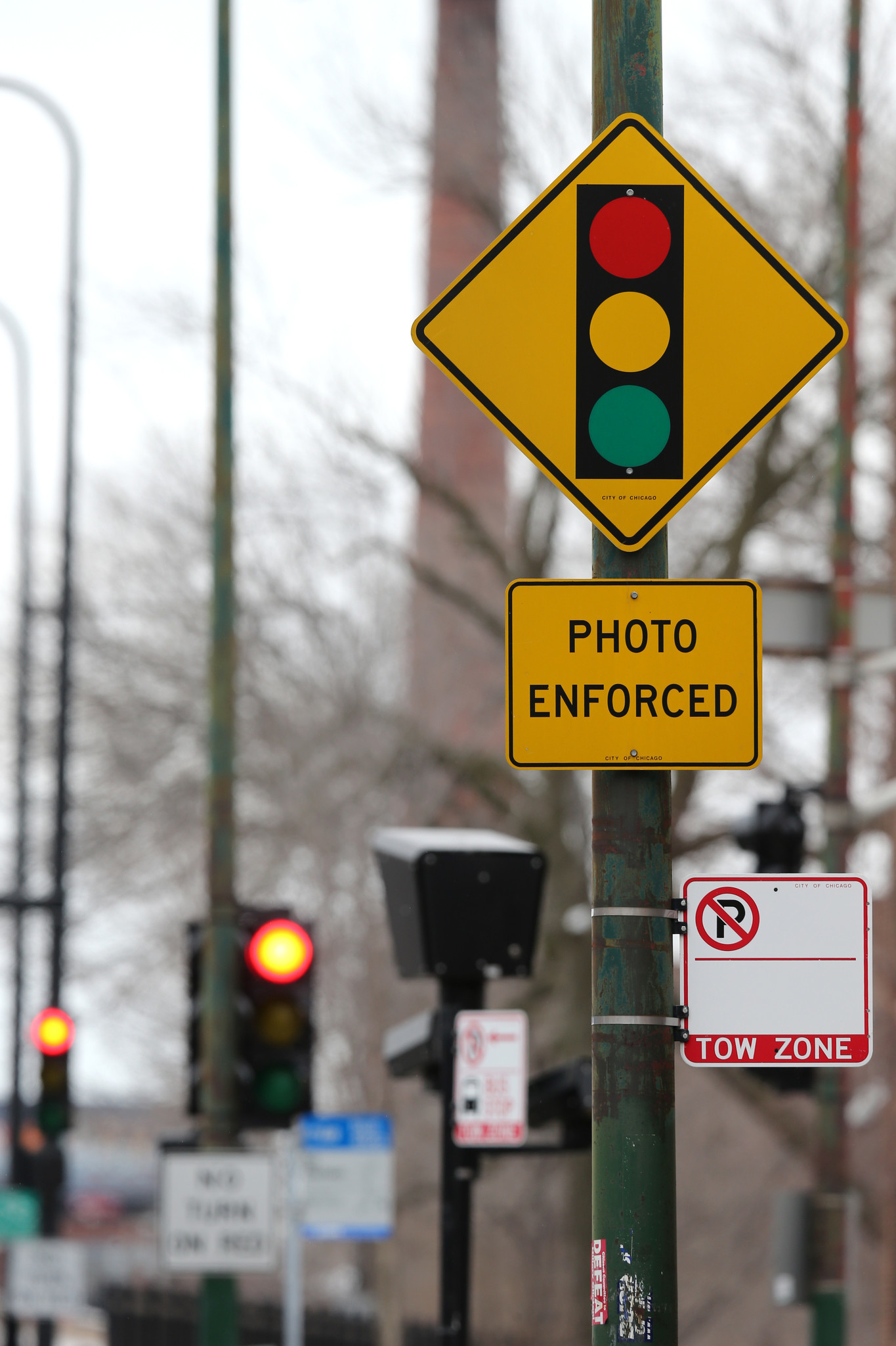 Chicago sues red light camera firm for $300 million - Chicago Tribune