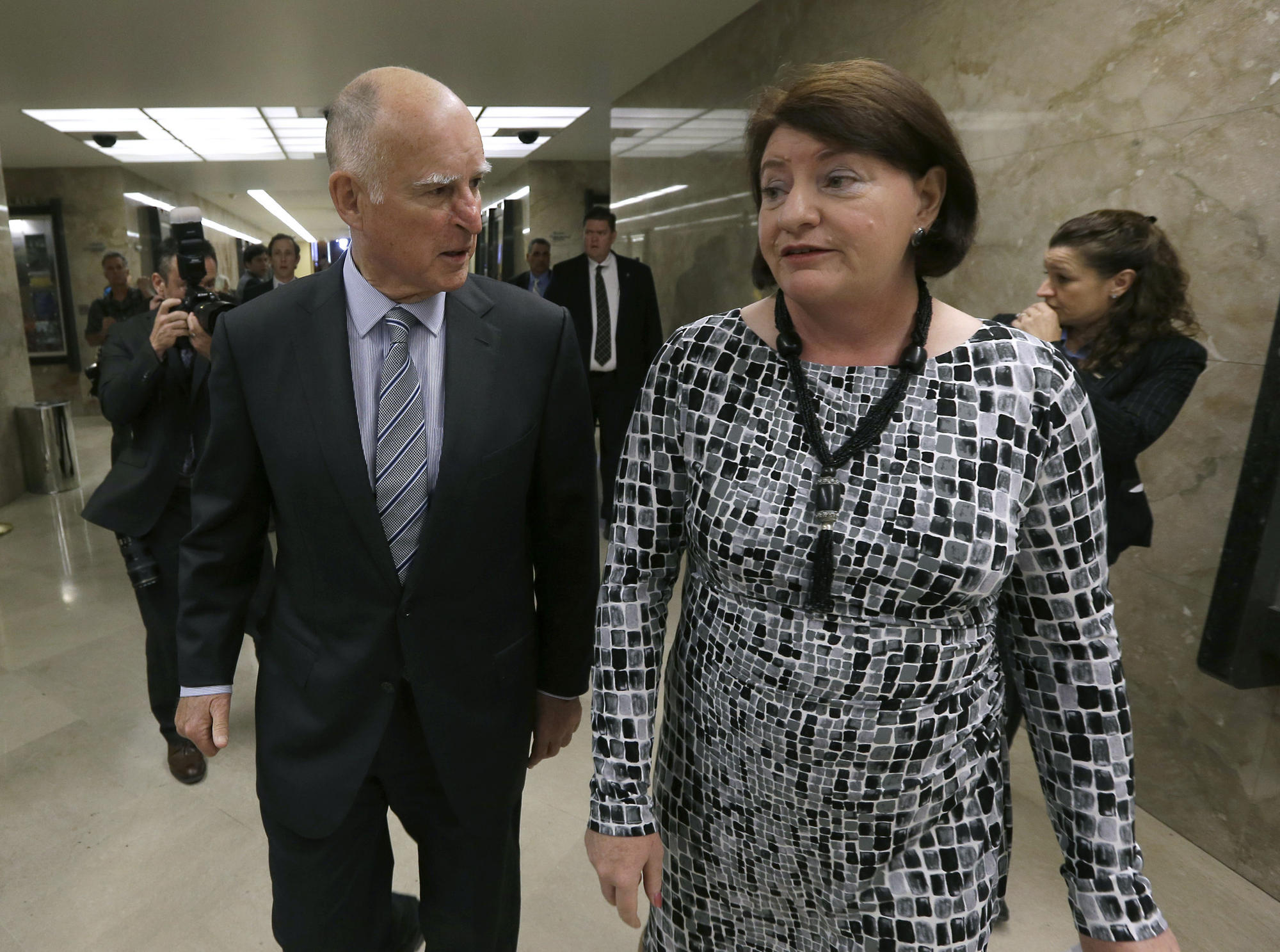 Jerry Brown, Toni Atkins