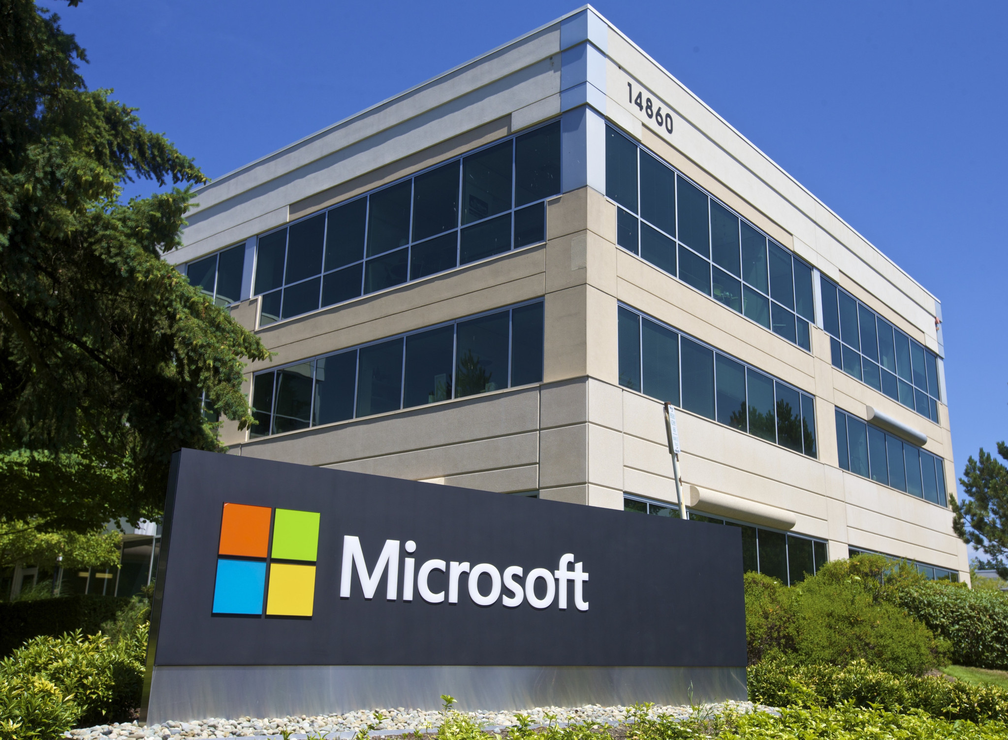 microsoft seattle office. microsoft said to weigh multibillion-dollar headquarters revamp - chicago tribune seattle office s