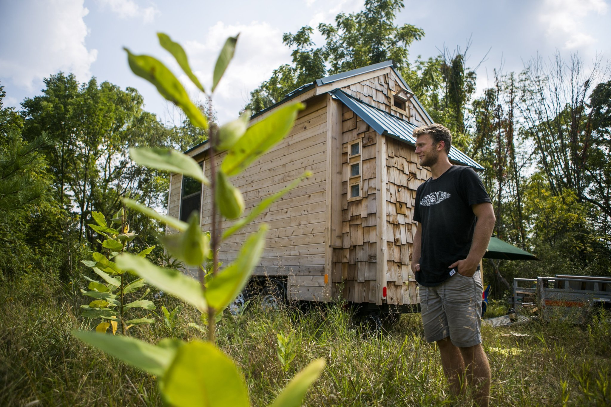 University of Michigan student builds, lives in tiny house