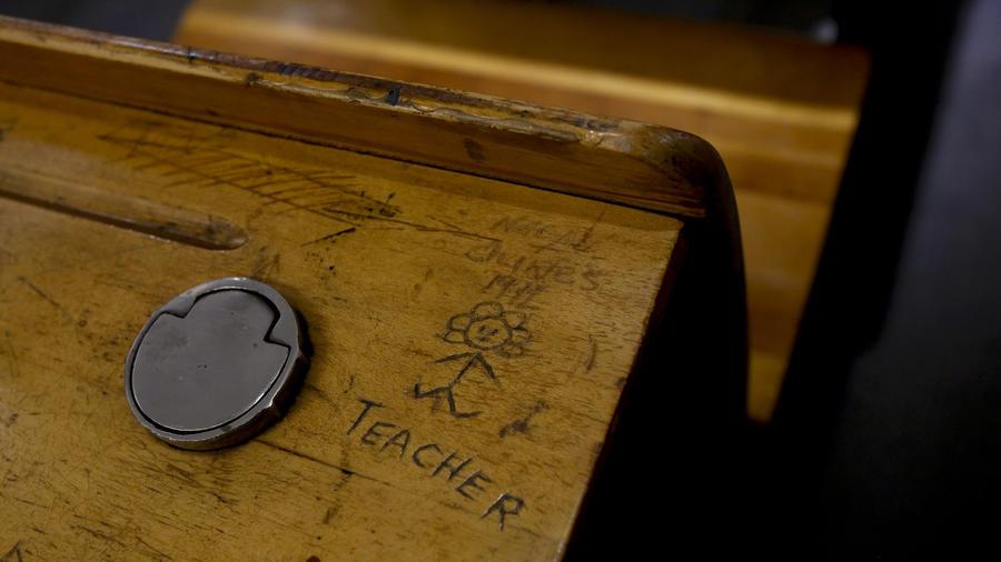 LAUSD desk