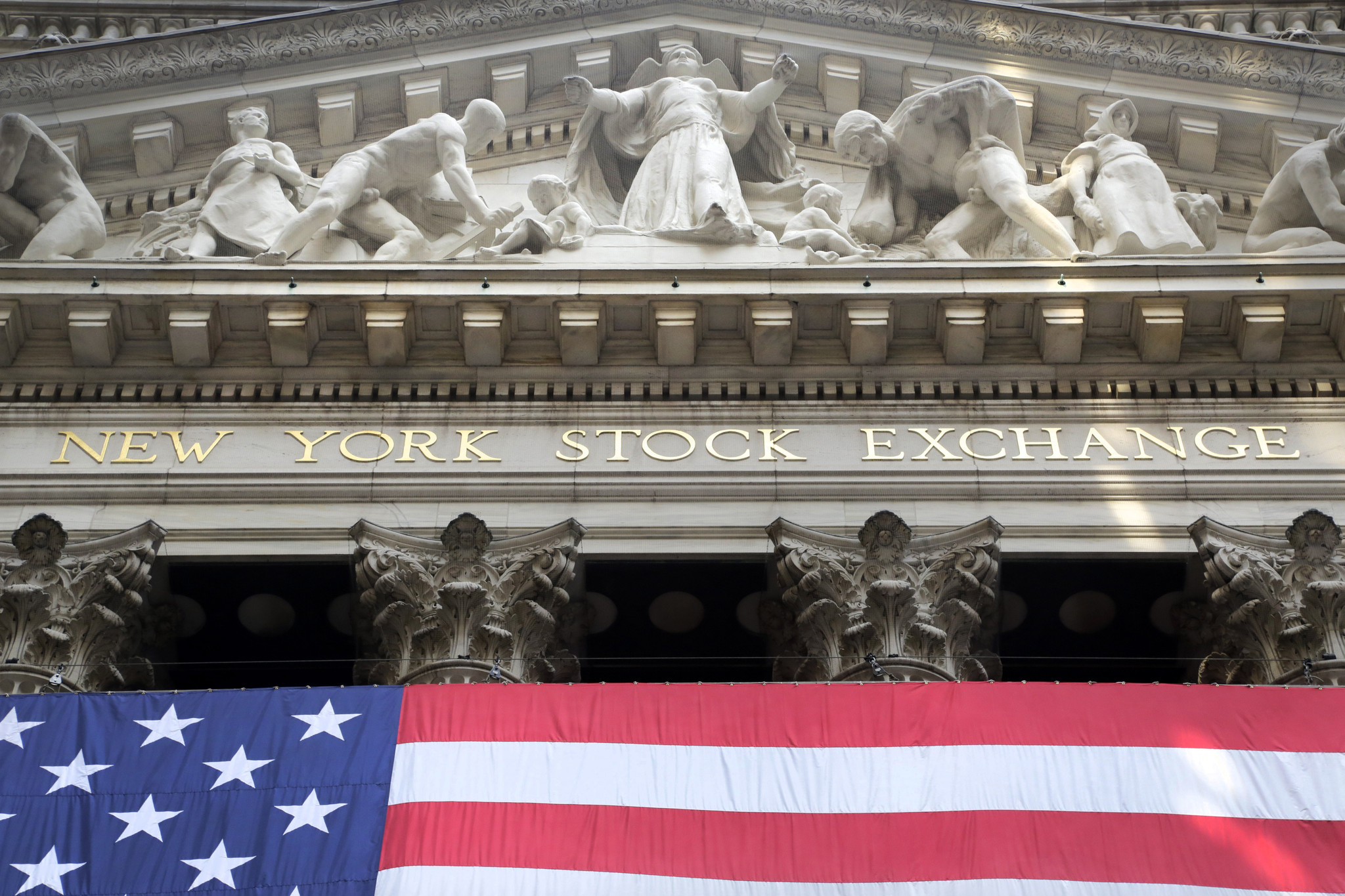 The feds say they're finally going to go after bad guys on Wall Street