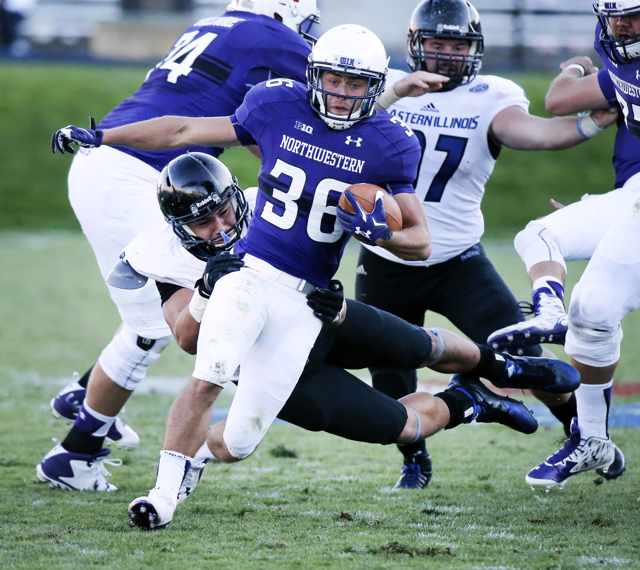Northwestern Makes Short Work Of Eastern Illinois In 41 0 Romp