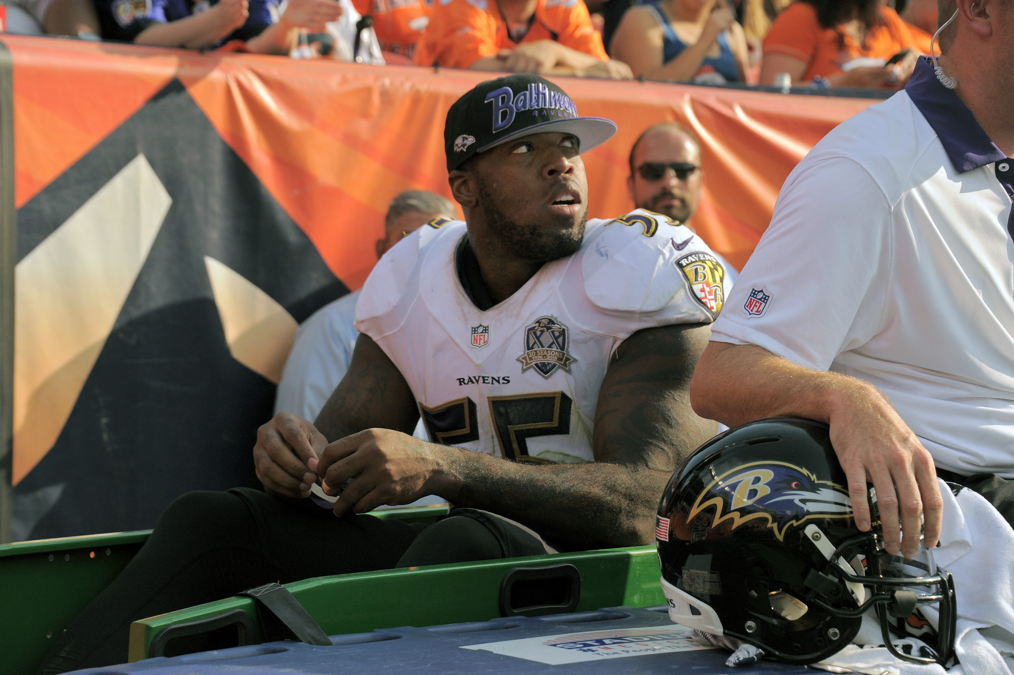 Ravens linebacker Terrell Suggs tears Achilles is out for rest of