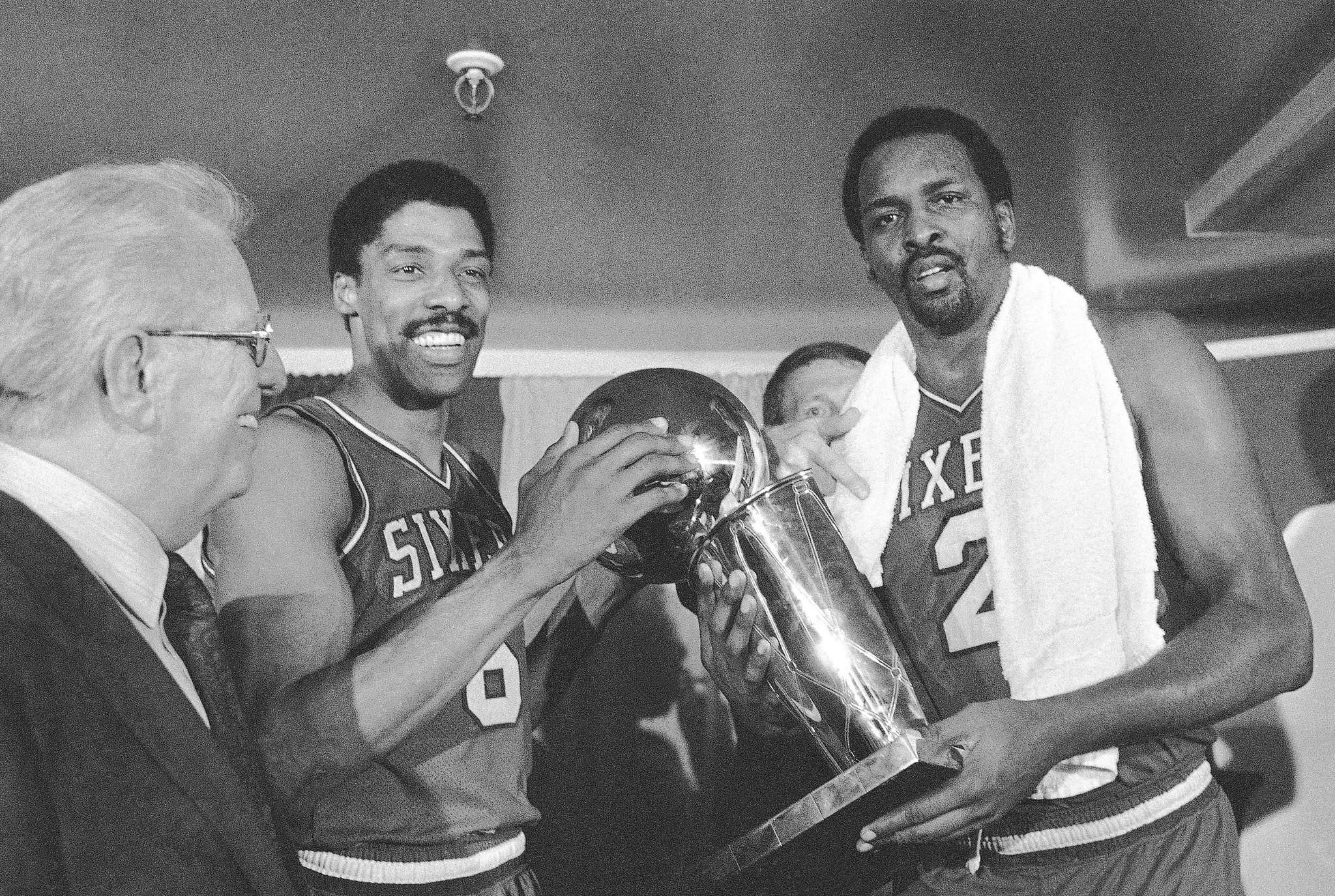 Moses Malone s at 60 one of greatest centers in history of pro