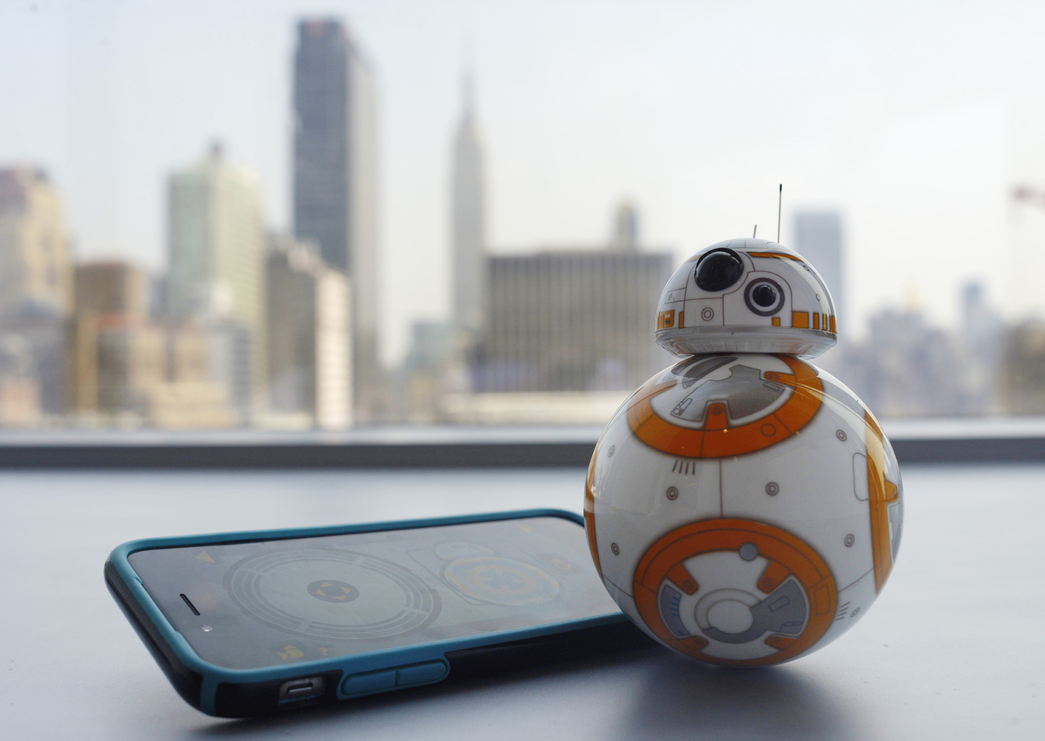 Disney offering partial refunds for too pricey star wars robot orlando sentinel - Robot blanc star wars ...