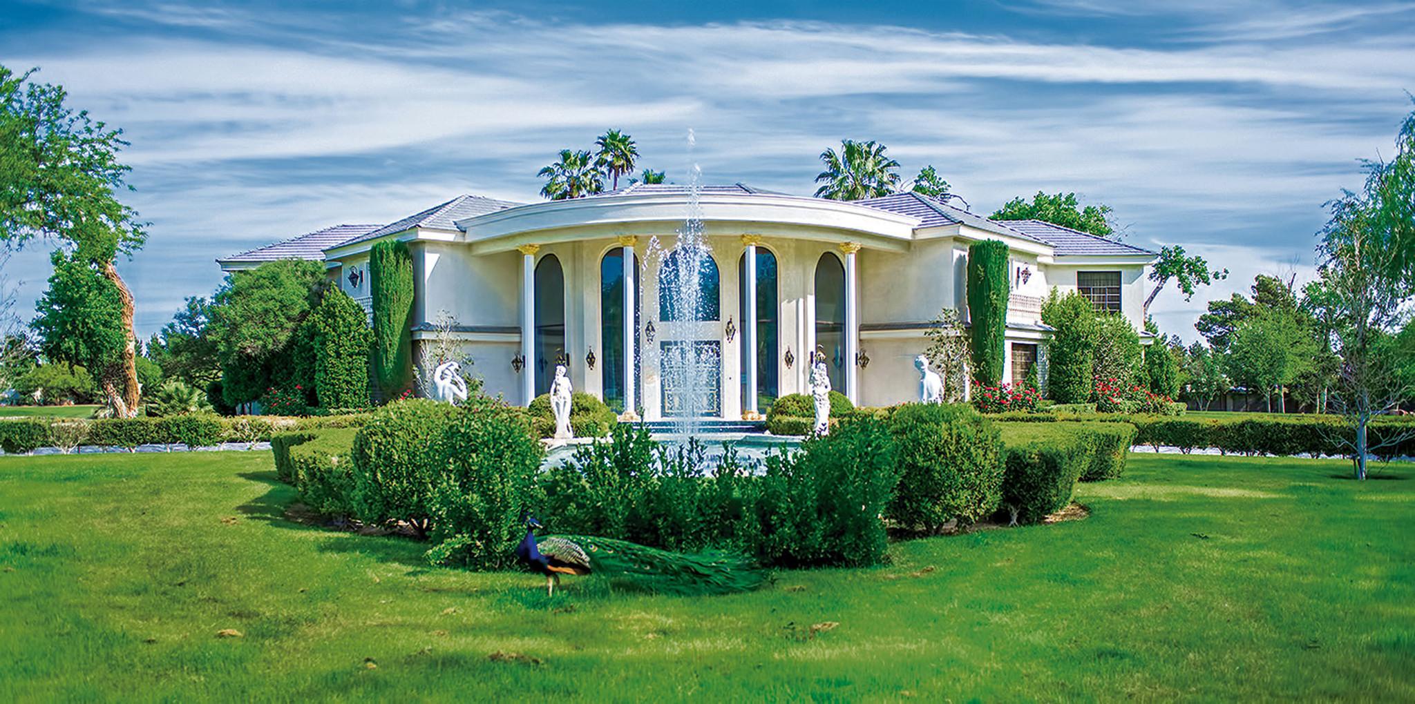 take a tour of wayne newton u0026 39 s estate  casa de shenandoah
