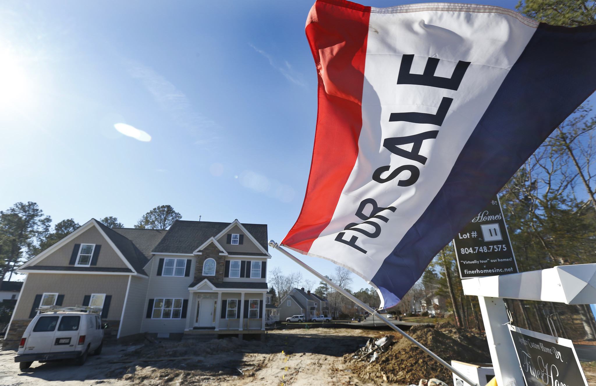 Mortgage rates slip after Fed decision