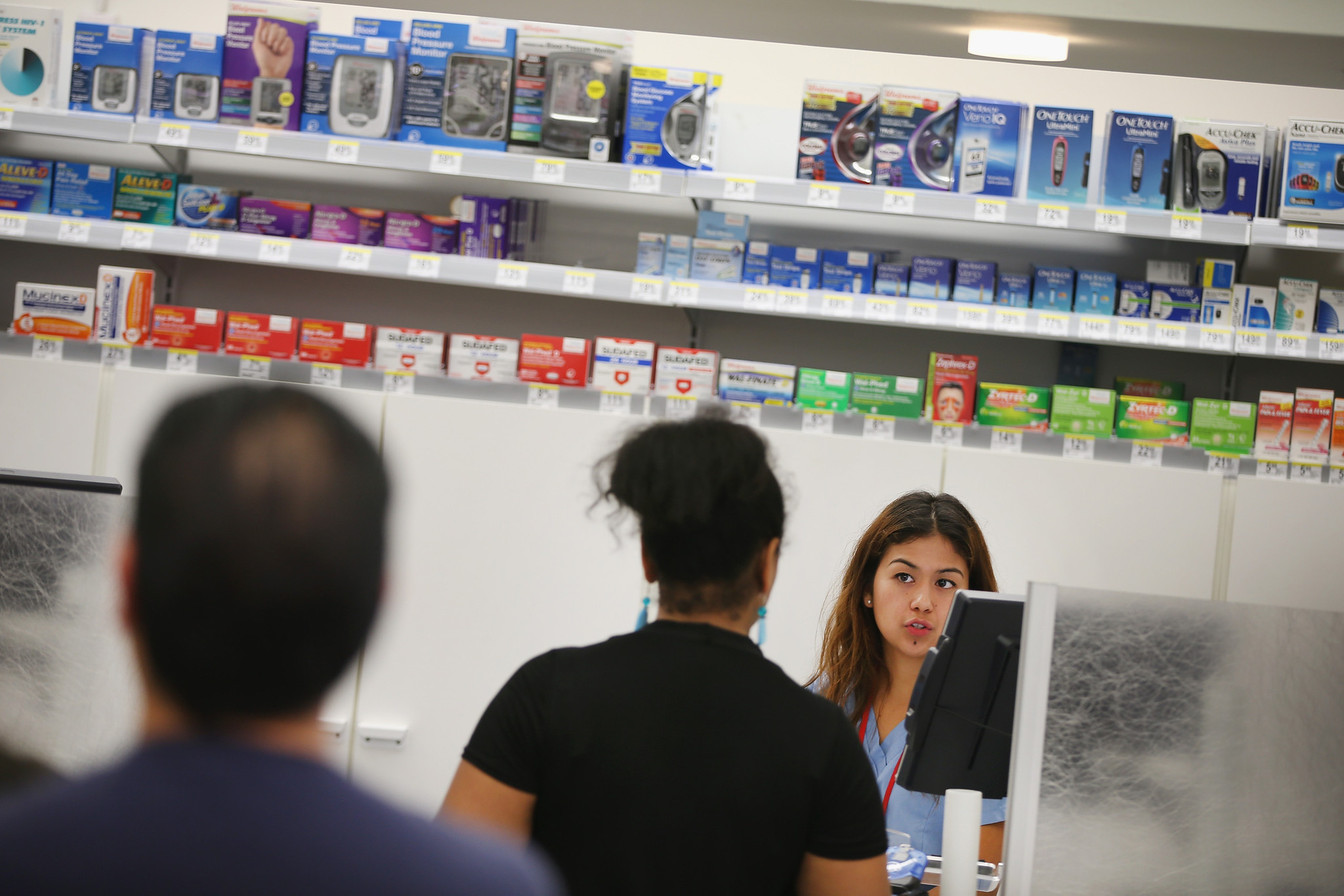 walgreens computer outage delays prescriptions chicago tribune