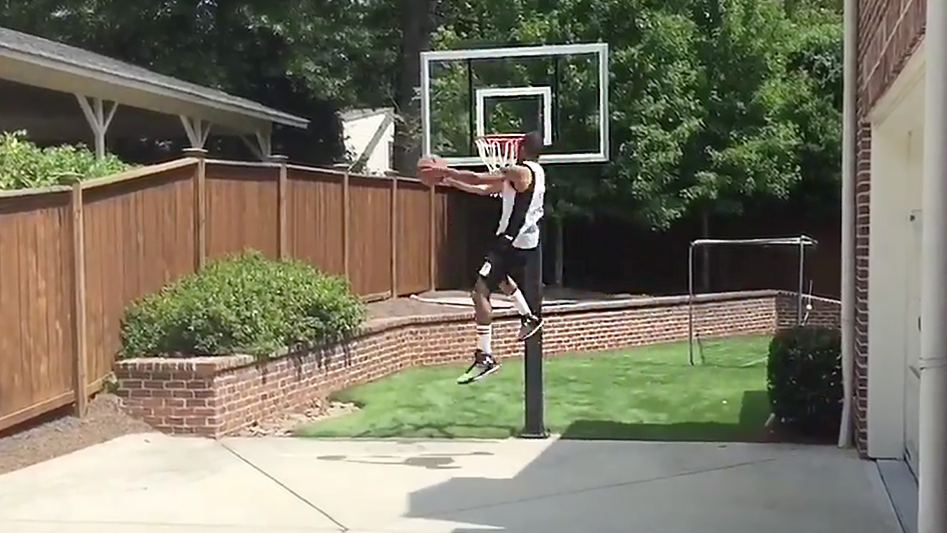 nba impersonator rips dunk champ zach lavine la times
