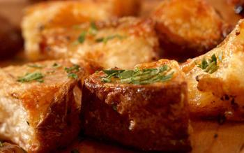 Super-crisp roasted potatoes