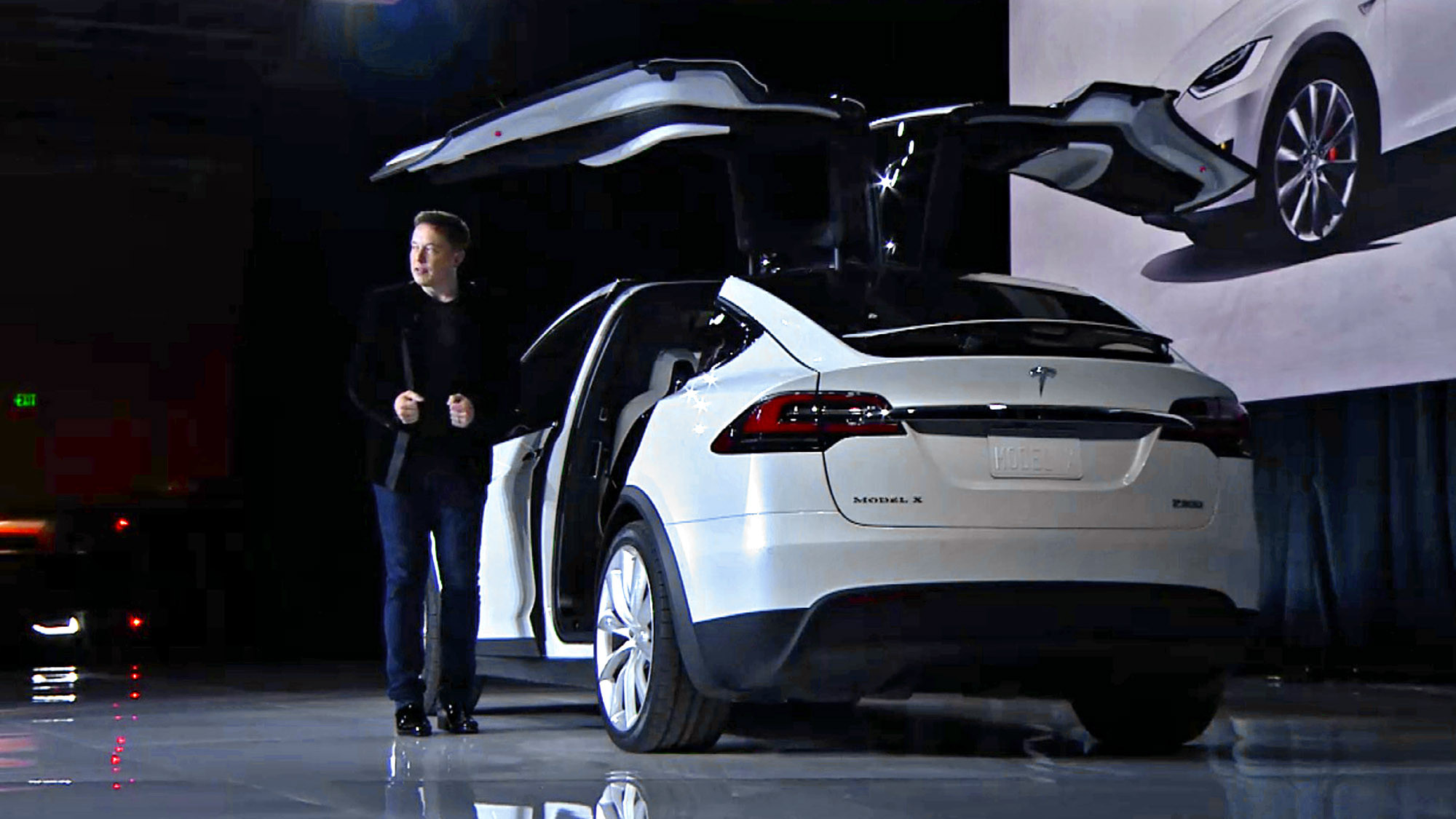 Model X Under The Hood Of Tesla S Suv Strategy La Times
