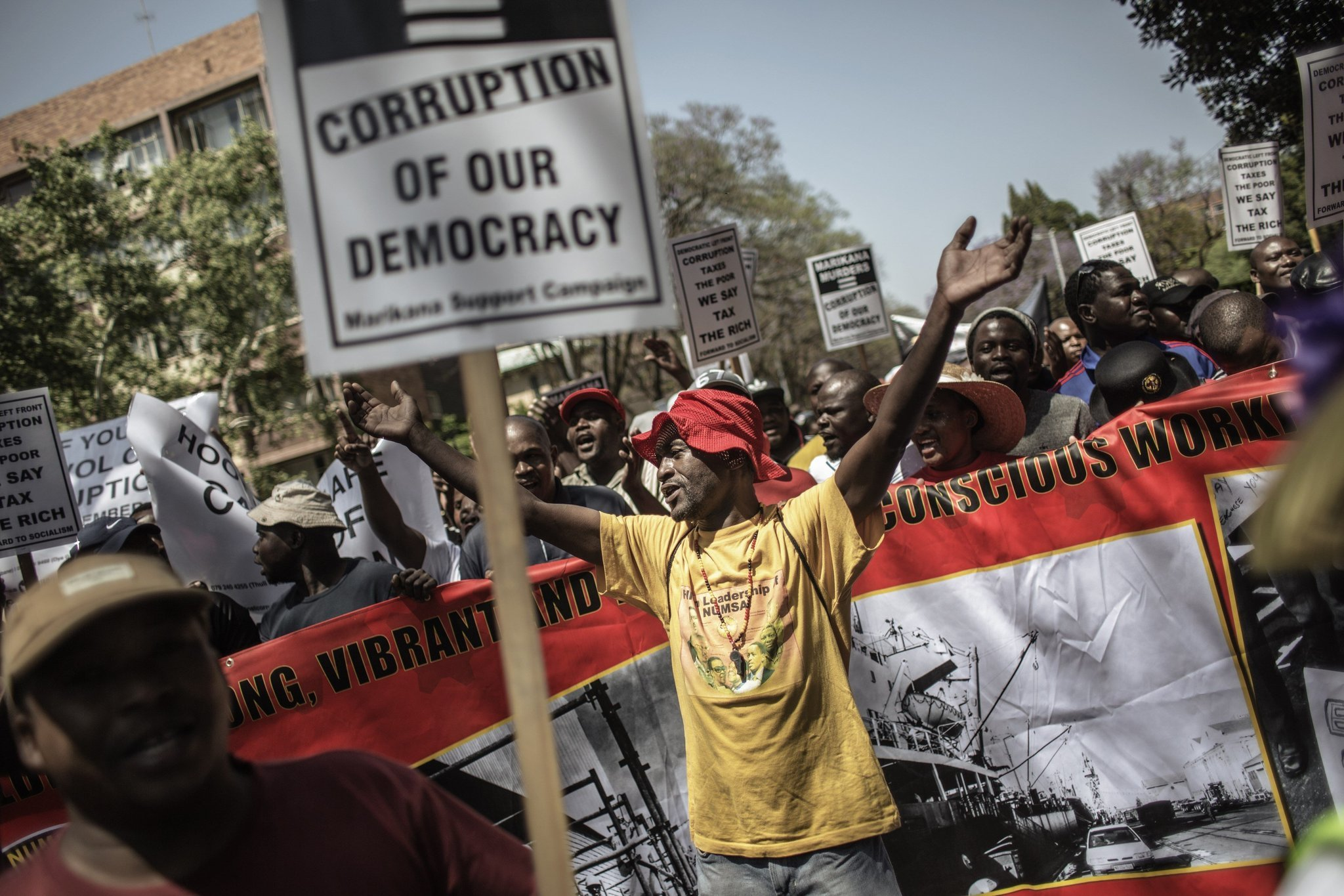 corruption in africa A new poll by transparency international shows that corruption is still holding africa back - but there are encouraging signs.