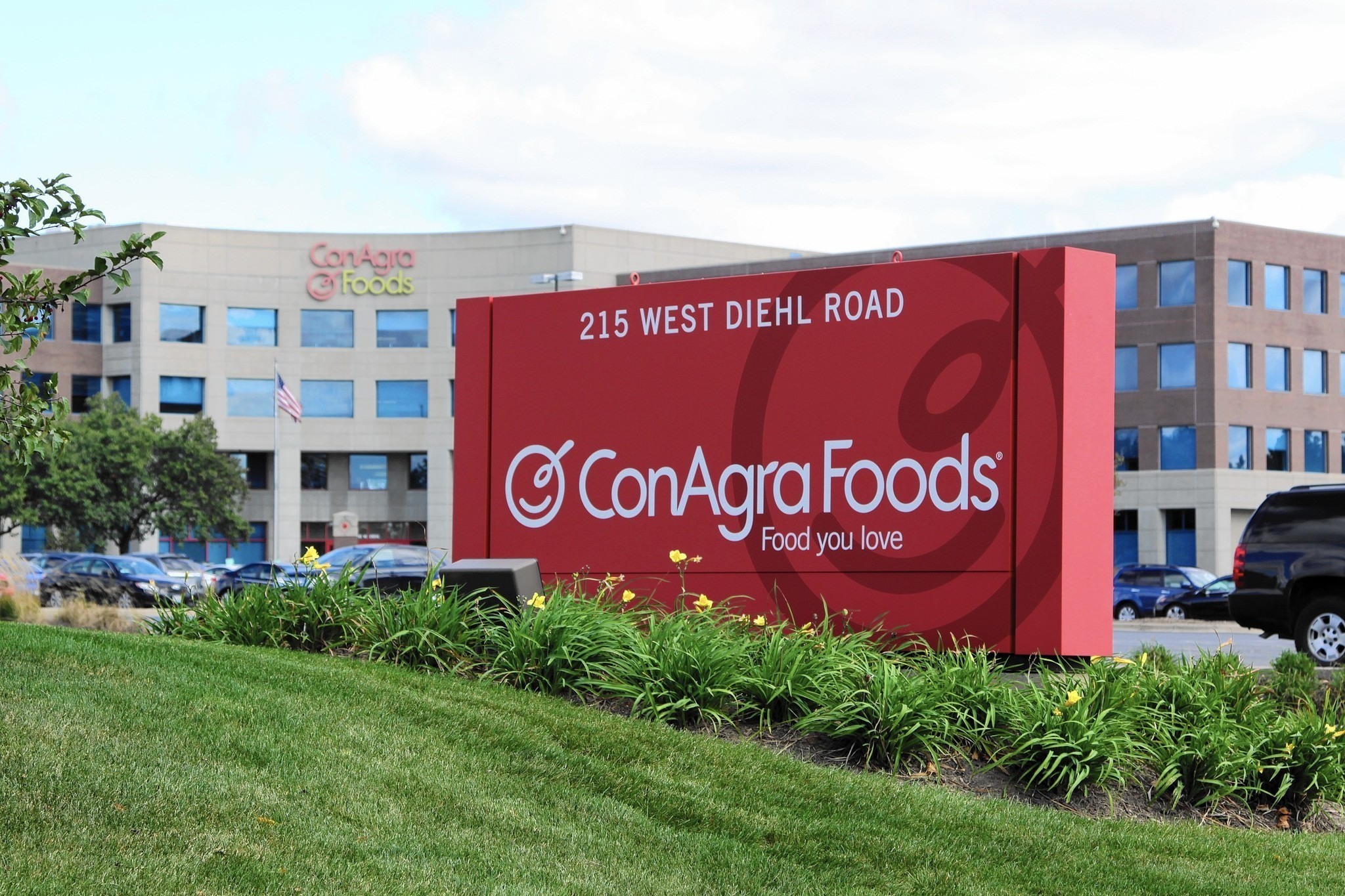 corn agra H & h was selected by conagra to perform maintenance on existing water softner and iron filter tanks including sandblasting and recoating.