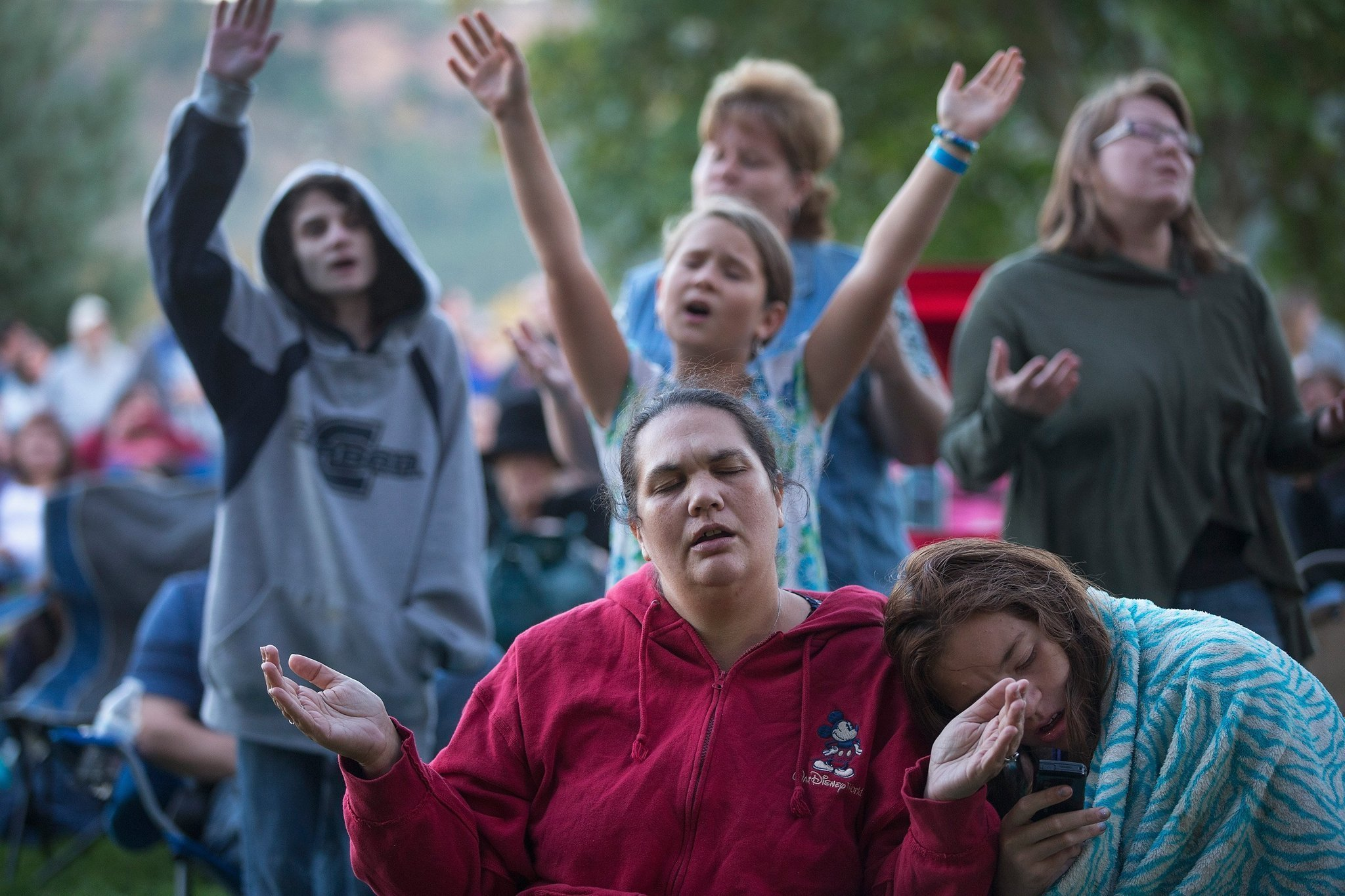 Gunman kills at least 9 at Oregon campus before dying in shootout