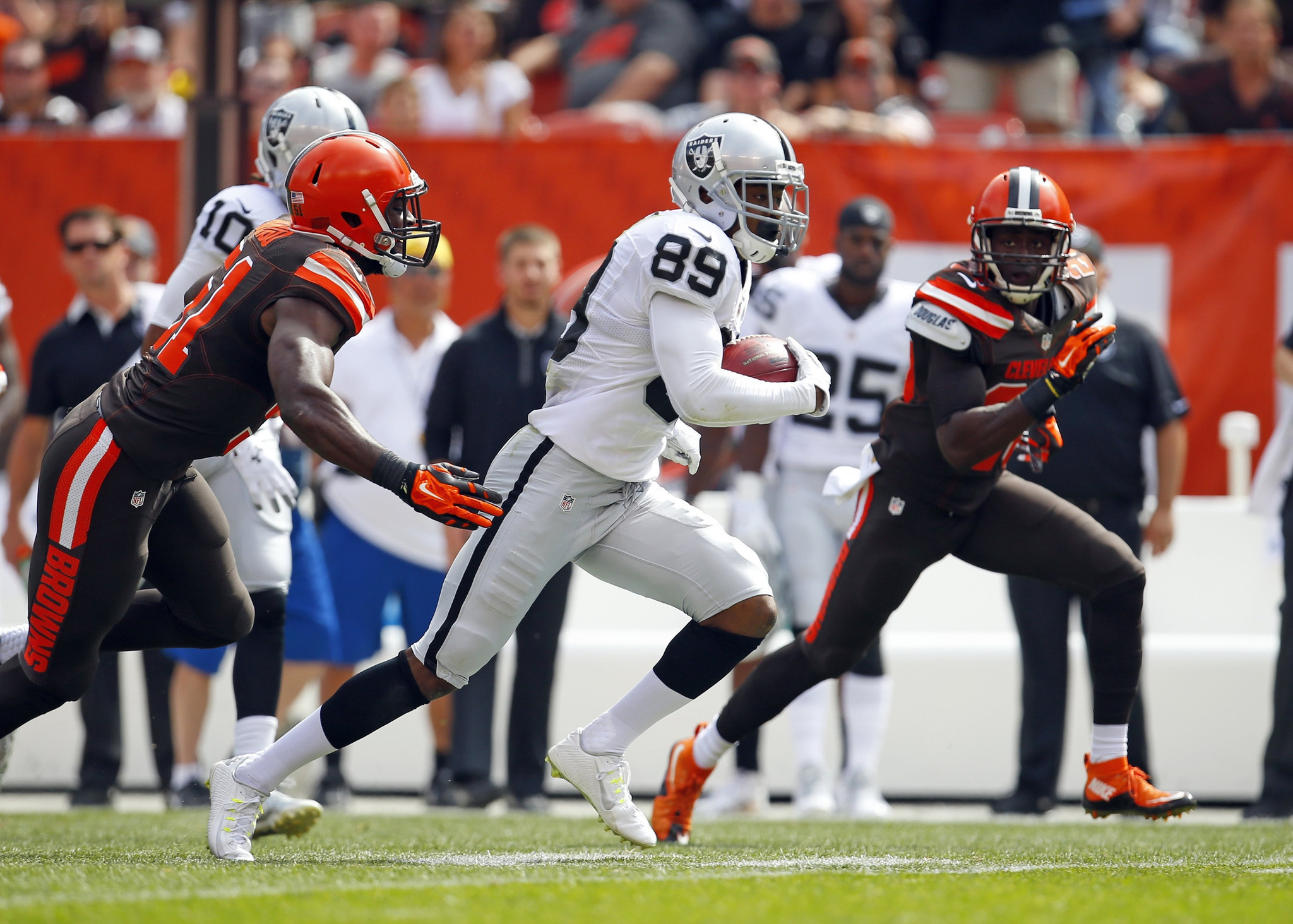 Bears see in Raiders rookie Amari Cooper what Kevin White can be