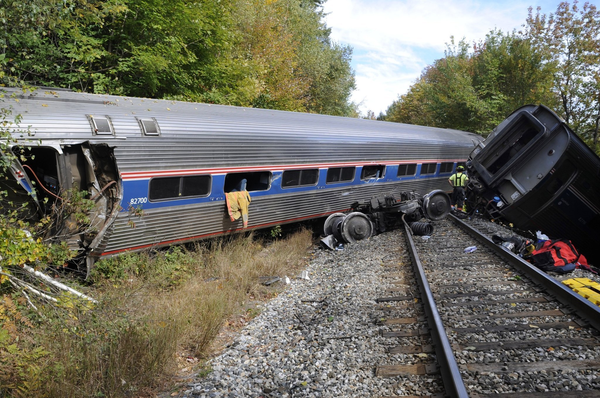 amtrak silver star route map with Ct Amtrak Train Derails Vermont 20151005 0 1902926 on 3492863694 as well Piedmont  train moreover Save 30 Percent On Coach Fares During The Amtrak Track Friday 2016 Sale as well Copy2 of portland Metropolitan Lounge in addition Chachi Gonzales.