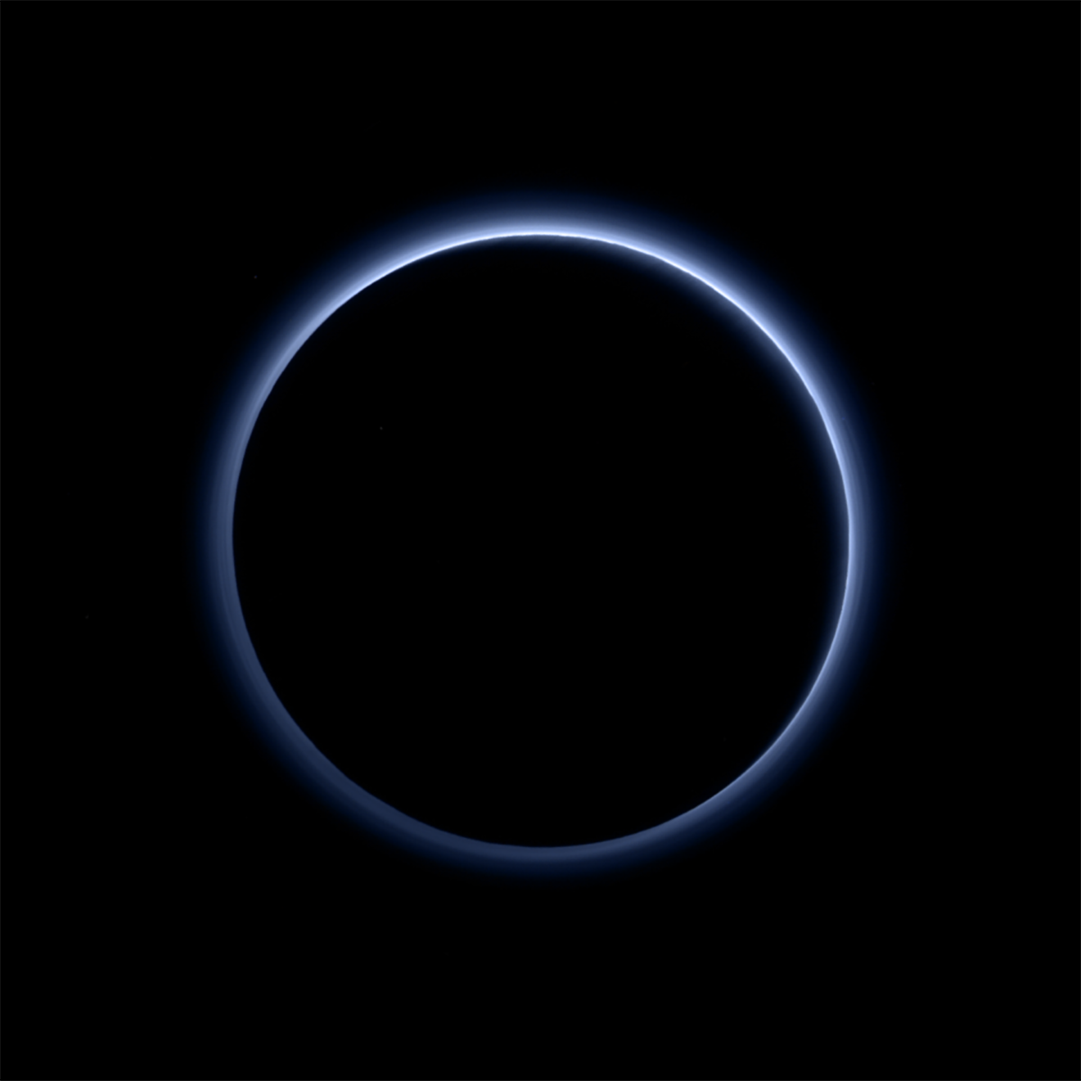 Skies are blue on Pluto, New Horizons finds