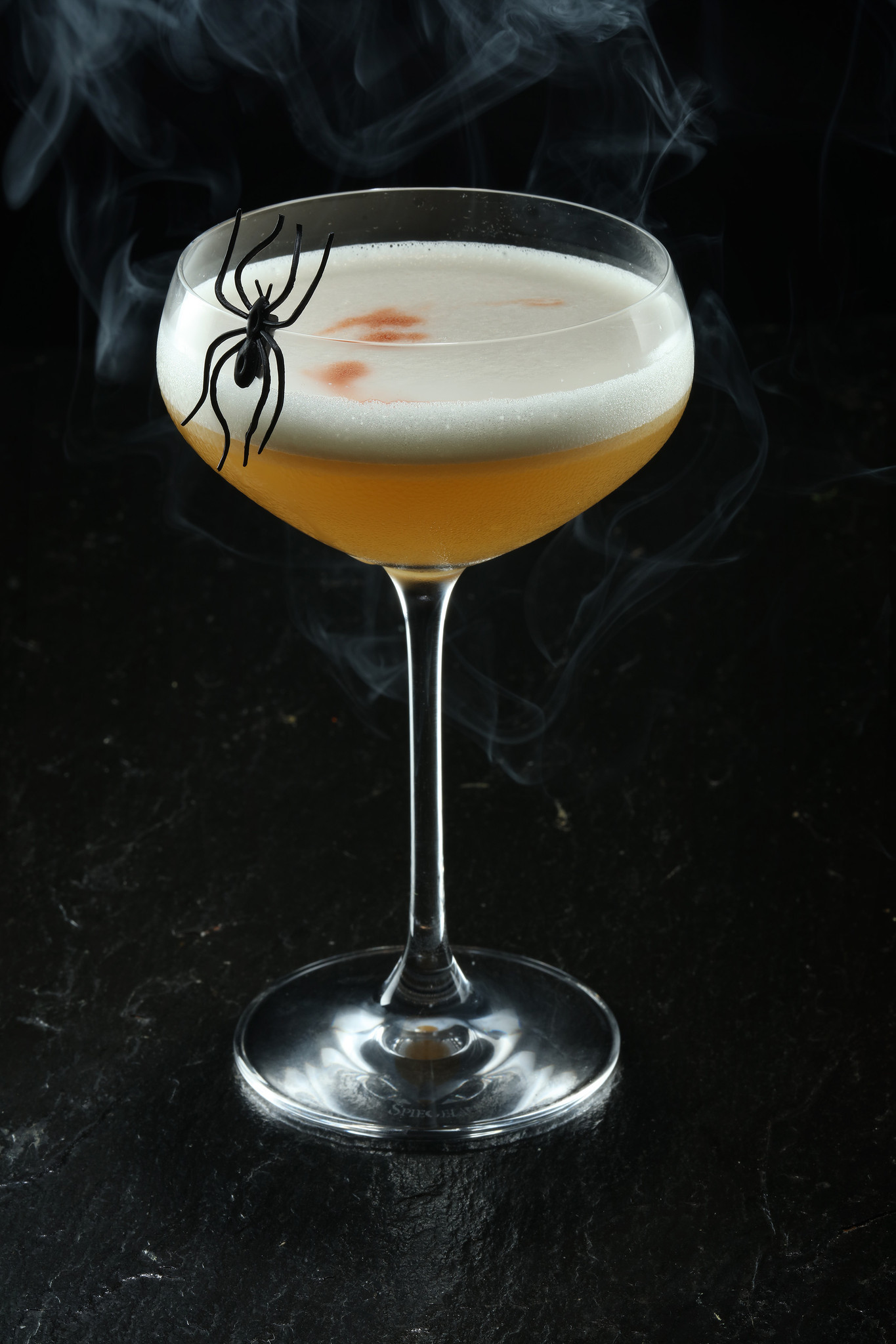 bartenders share their best halloween cocktail recipes - chicago tribune