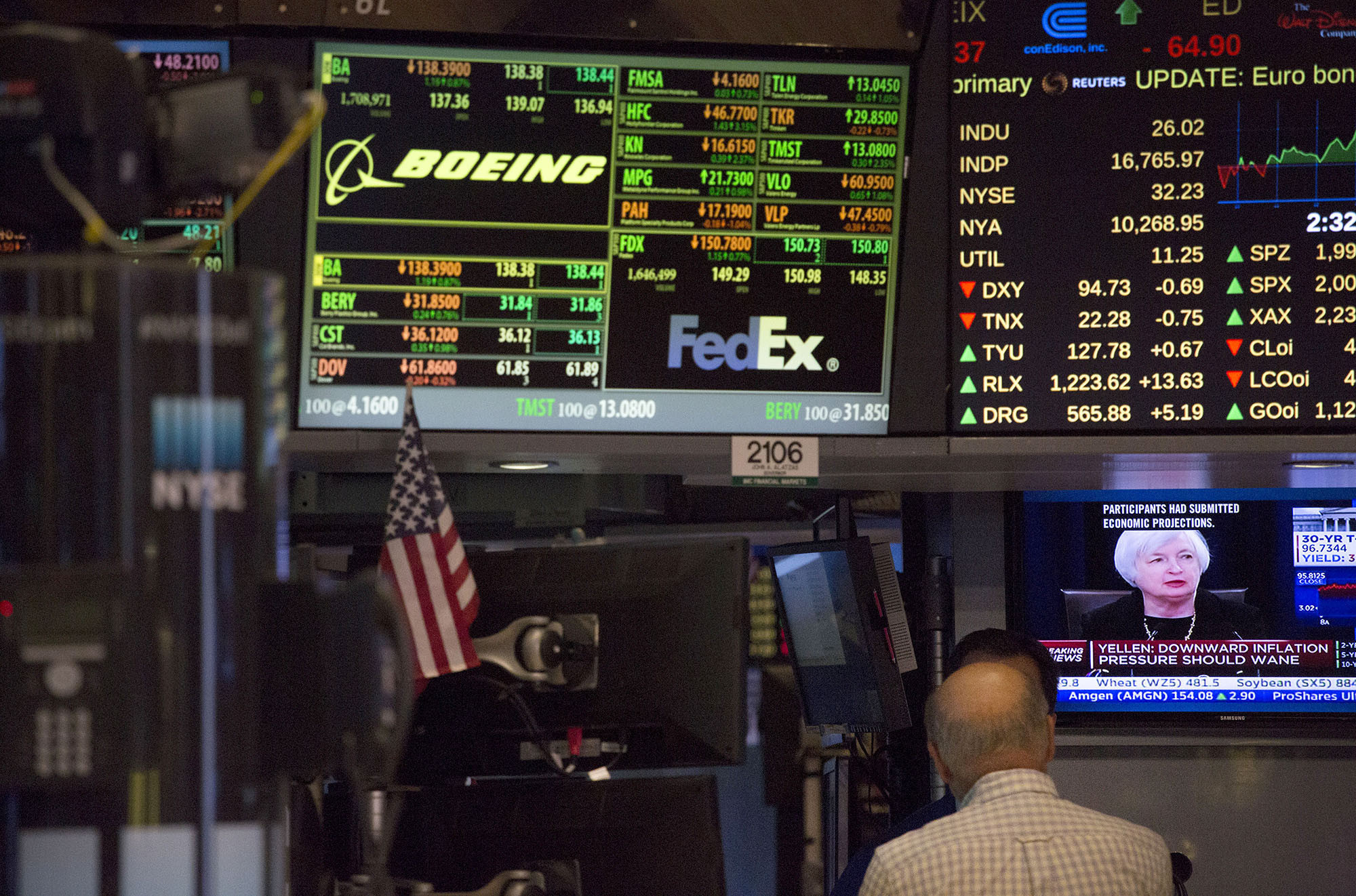 That Losing Fund In Your 401(k) May Be Worth Keeping Here's Why  Chicago  Tribune